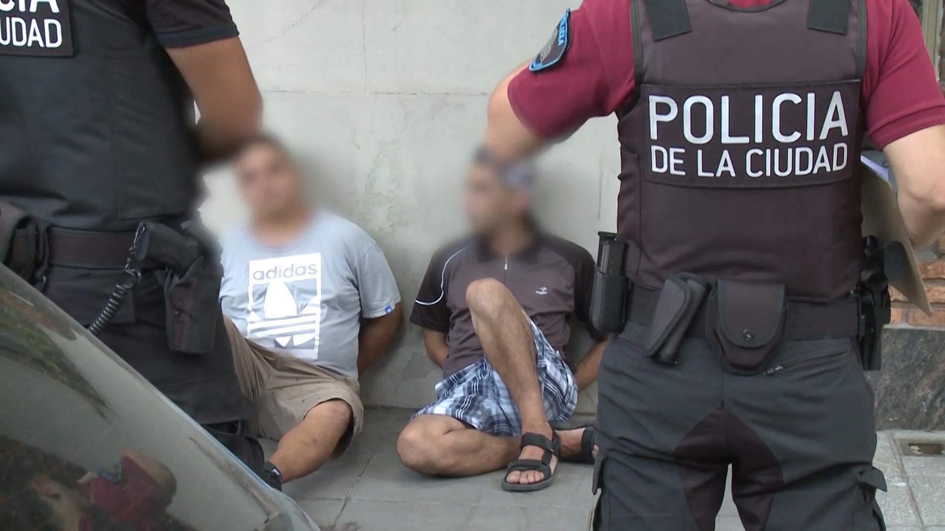 Detuvieron a otro motochorro extranjero: tenía prohibido entrar al país y lo liberó la misma jueza que dejó en libertad a un delincuente por 700 pesos