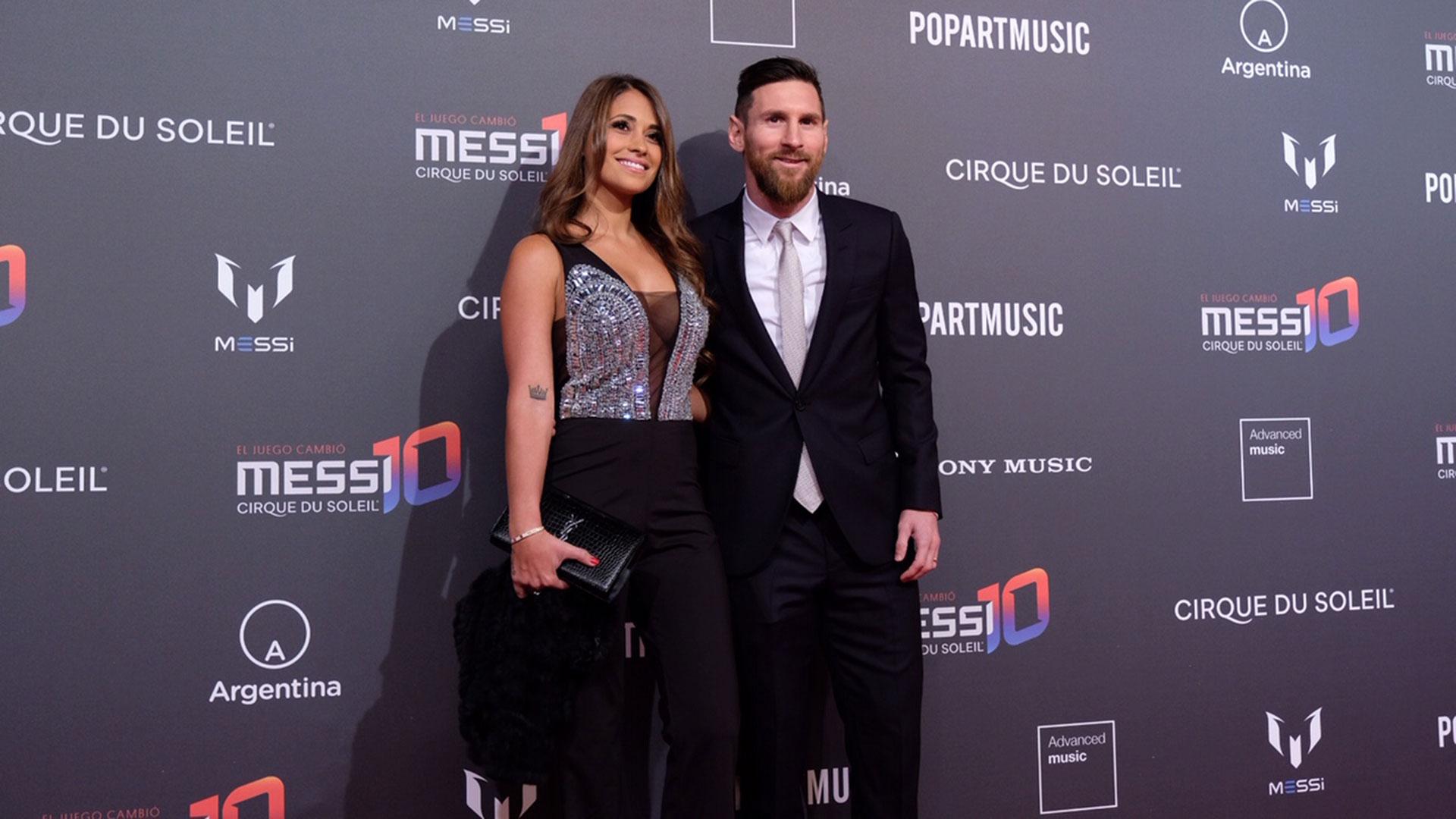 Lionel Messi junto a su esposa, Antonela Roccuzzo, en la fiestalanzamiento del show