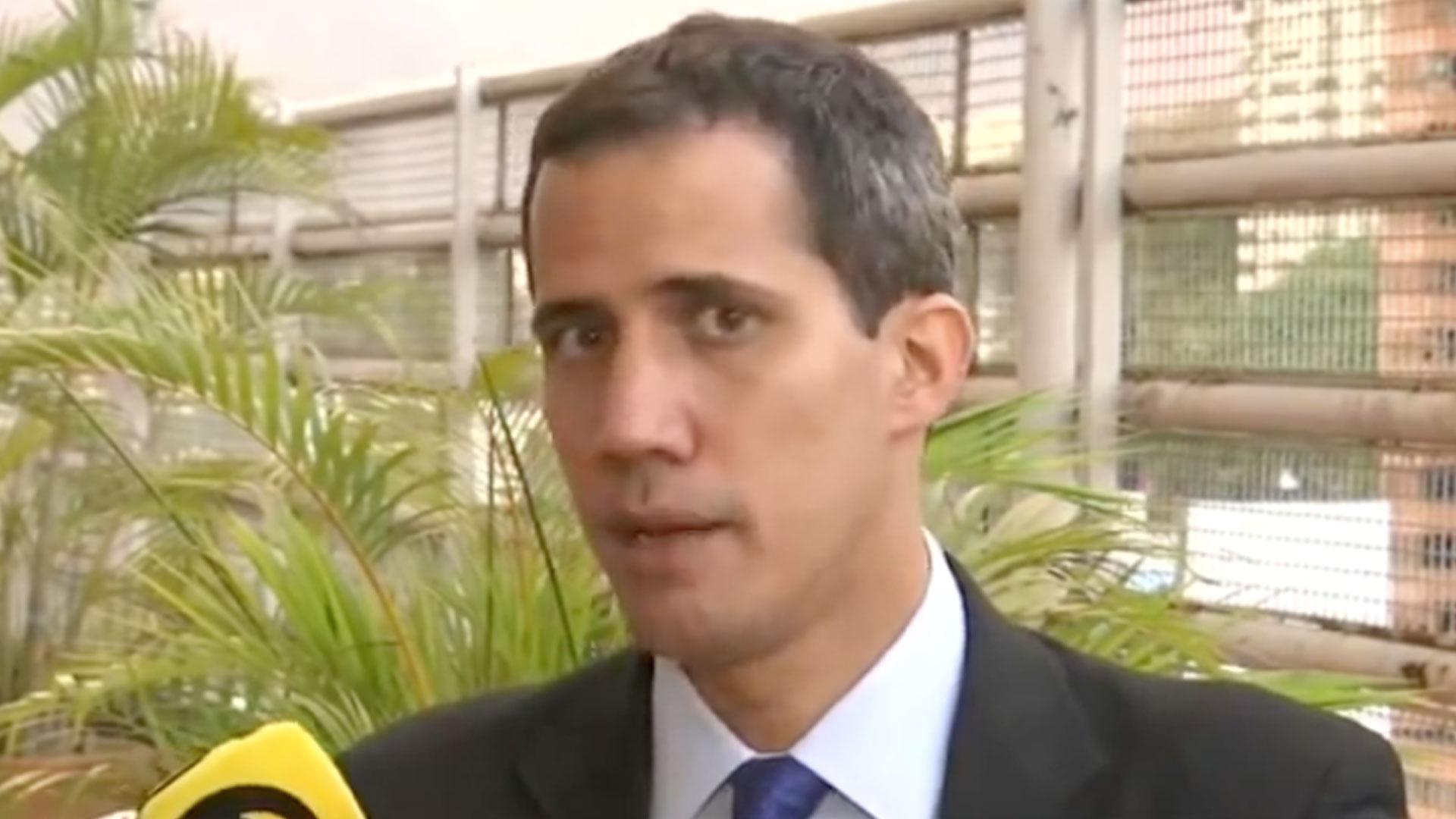 Guaidó fue entrevistado por la televisión mexicana (Foto: Captura Milenio Televisión)
