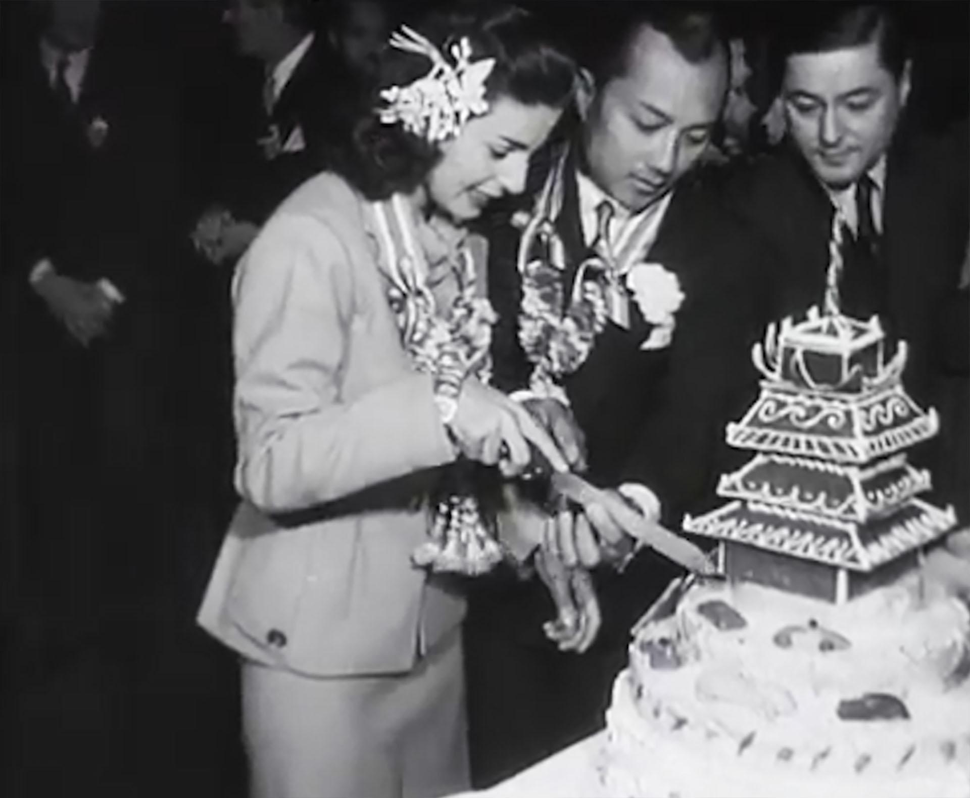 El casamiento de Chelita con el príncipe de Siam. Ella era empleada del Automóvil Club, élera la cabeza de un fabuloso reino