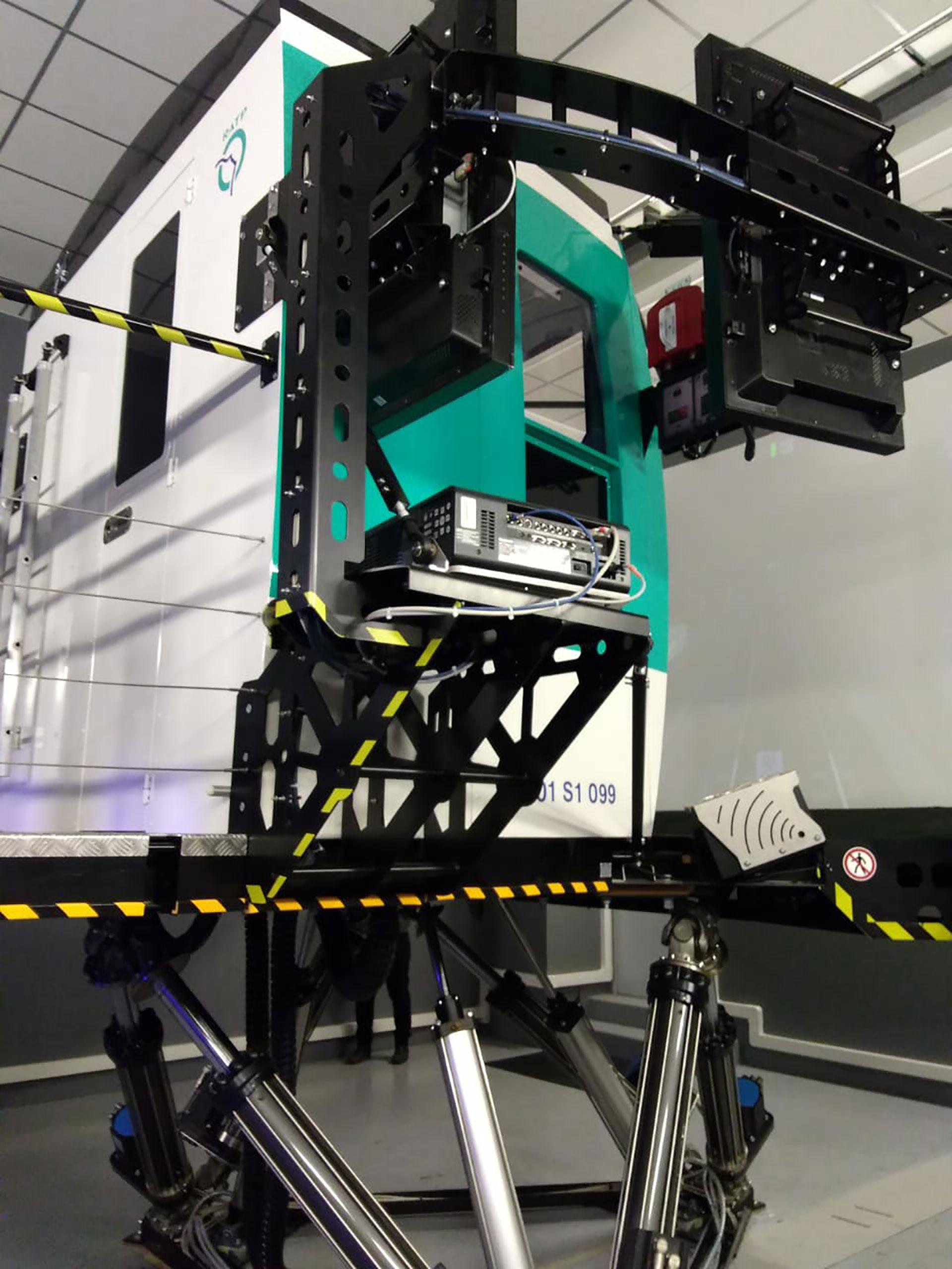 El simulador de subterráneo en el que se entrenan los futuros conductores