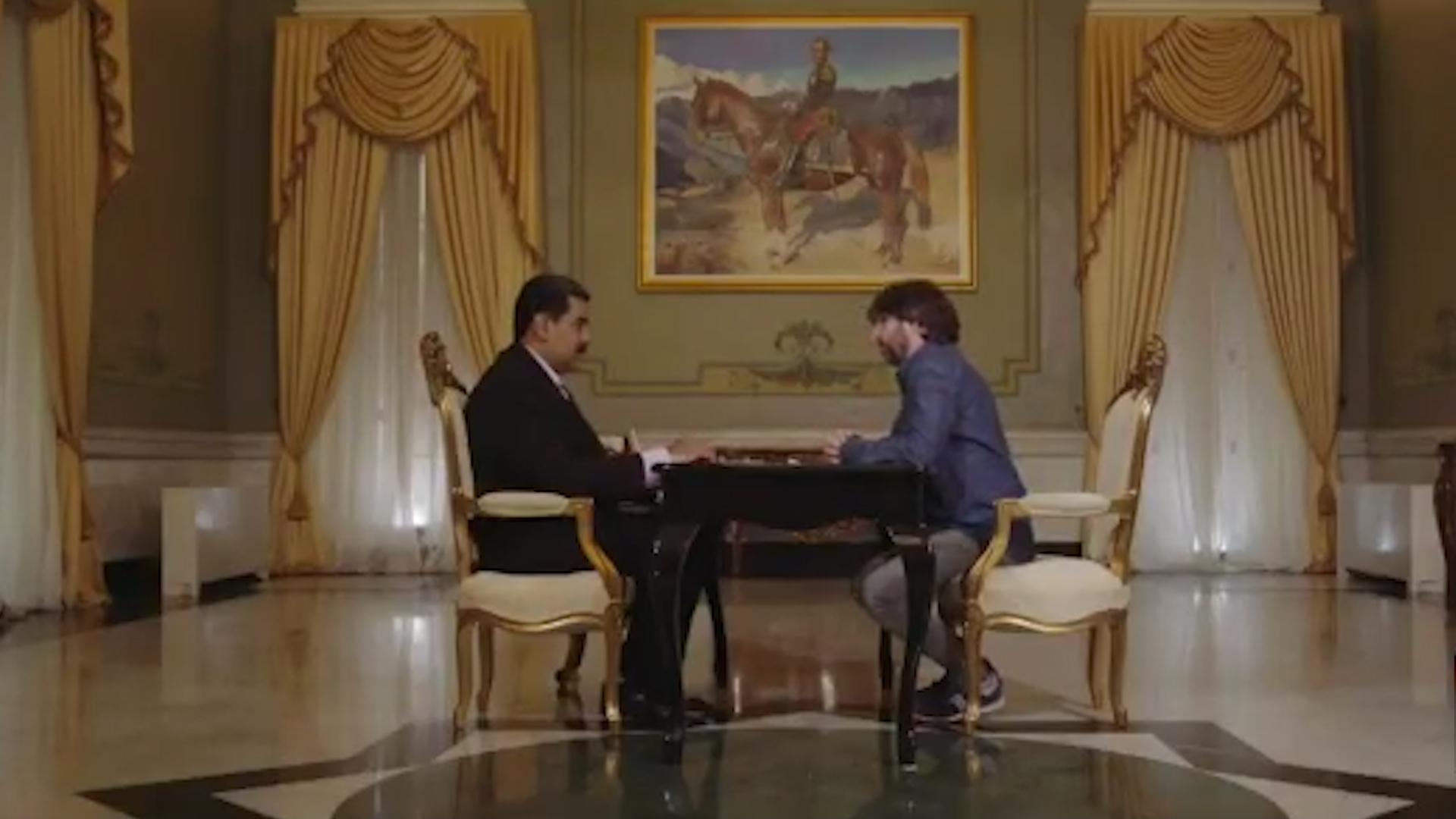El presidente Nicolás Maduro frente al periodista catalán Jordi Évole