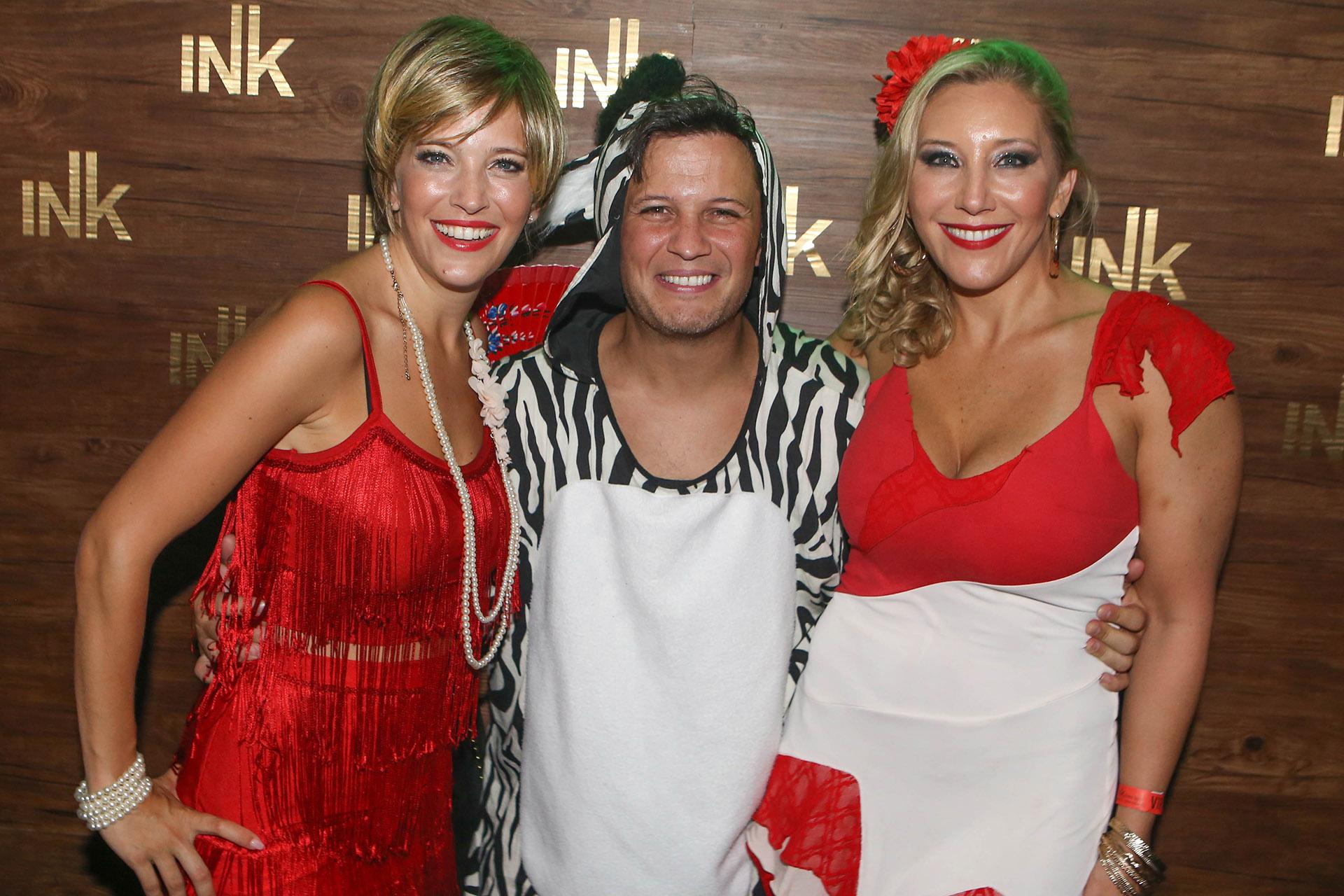 Luisana Lopilato estuvo en la fiesta de disfraces al igual que su hermana, Daniela