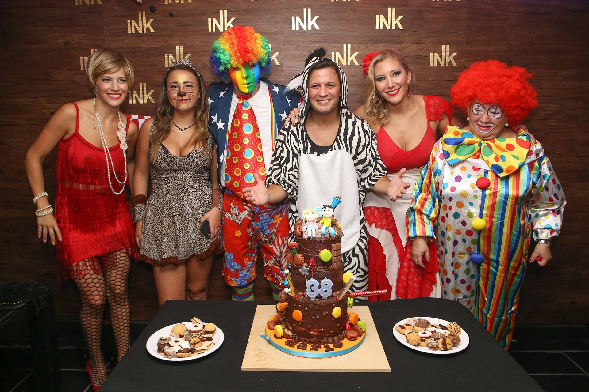 Darío Lopilato celebró su cumpleaños número 38 con una fiesta de disfraces (Fotos: Teleshow)