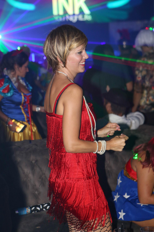 Luisana no paró de bailar y disfrutar junto a su familia durante toda la noche