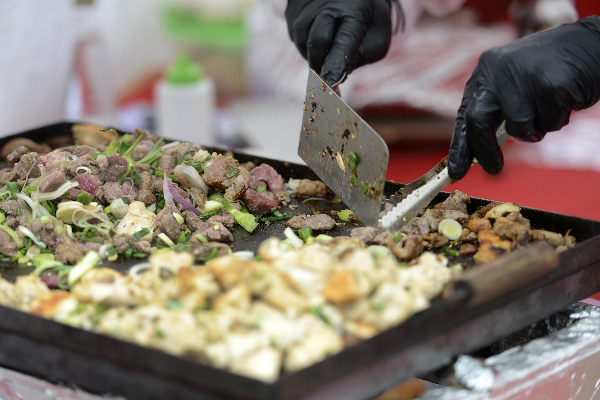 Verdadera comida china. El Año Nuevo es un evento que se vive con todos los sentidos.