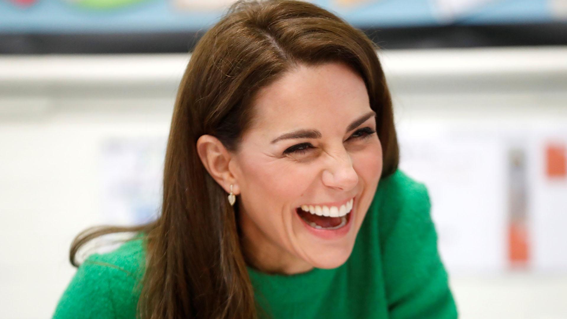 Siempre con una sonrisa en sus labios, la duquesa se mostró feliz con la visita a la escuela infantil