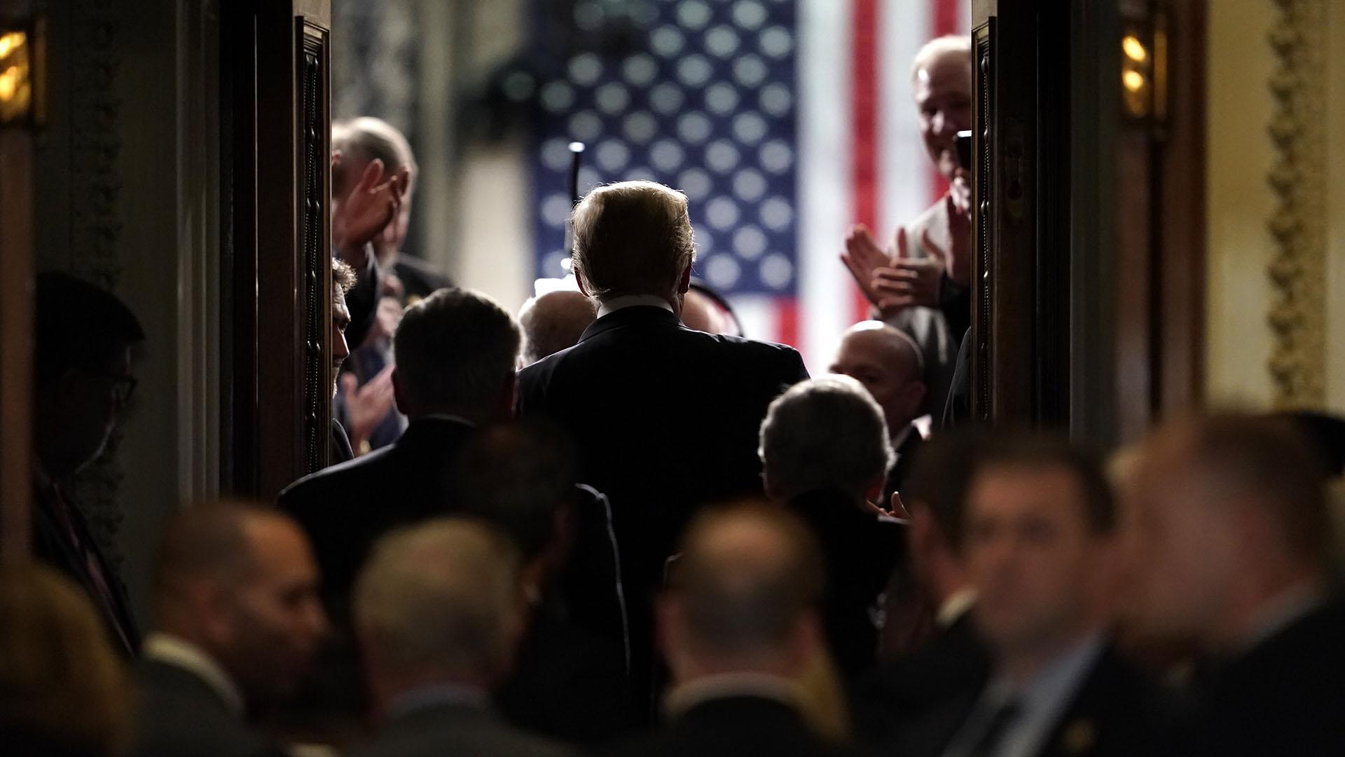 Donald Trump entrando el Congreso para el discurso del Estado de la Unión. (REUTERS/Joshua Roberts)