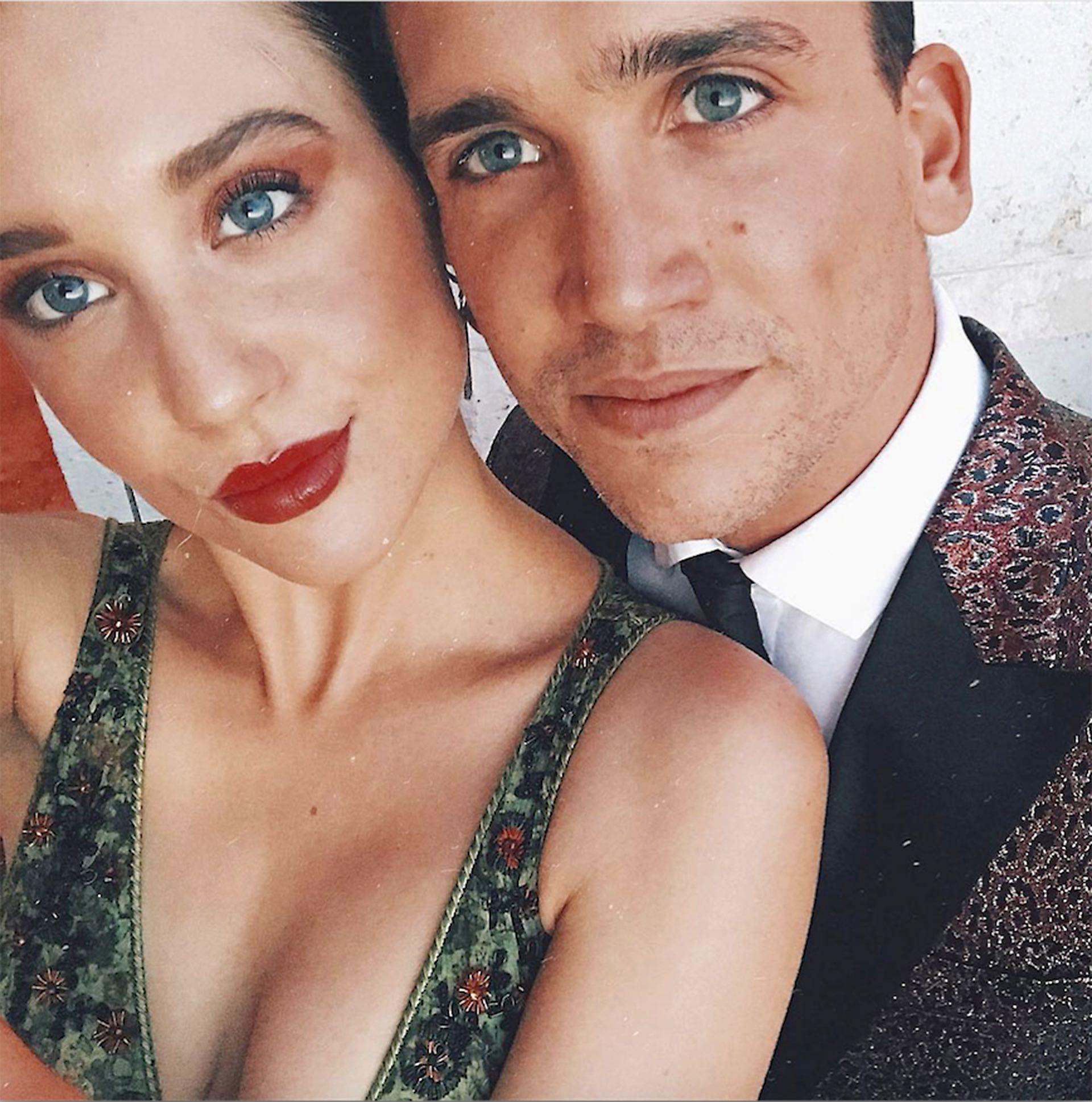 Jaime Lorente (27) y María Pedraza (24)