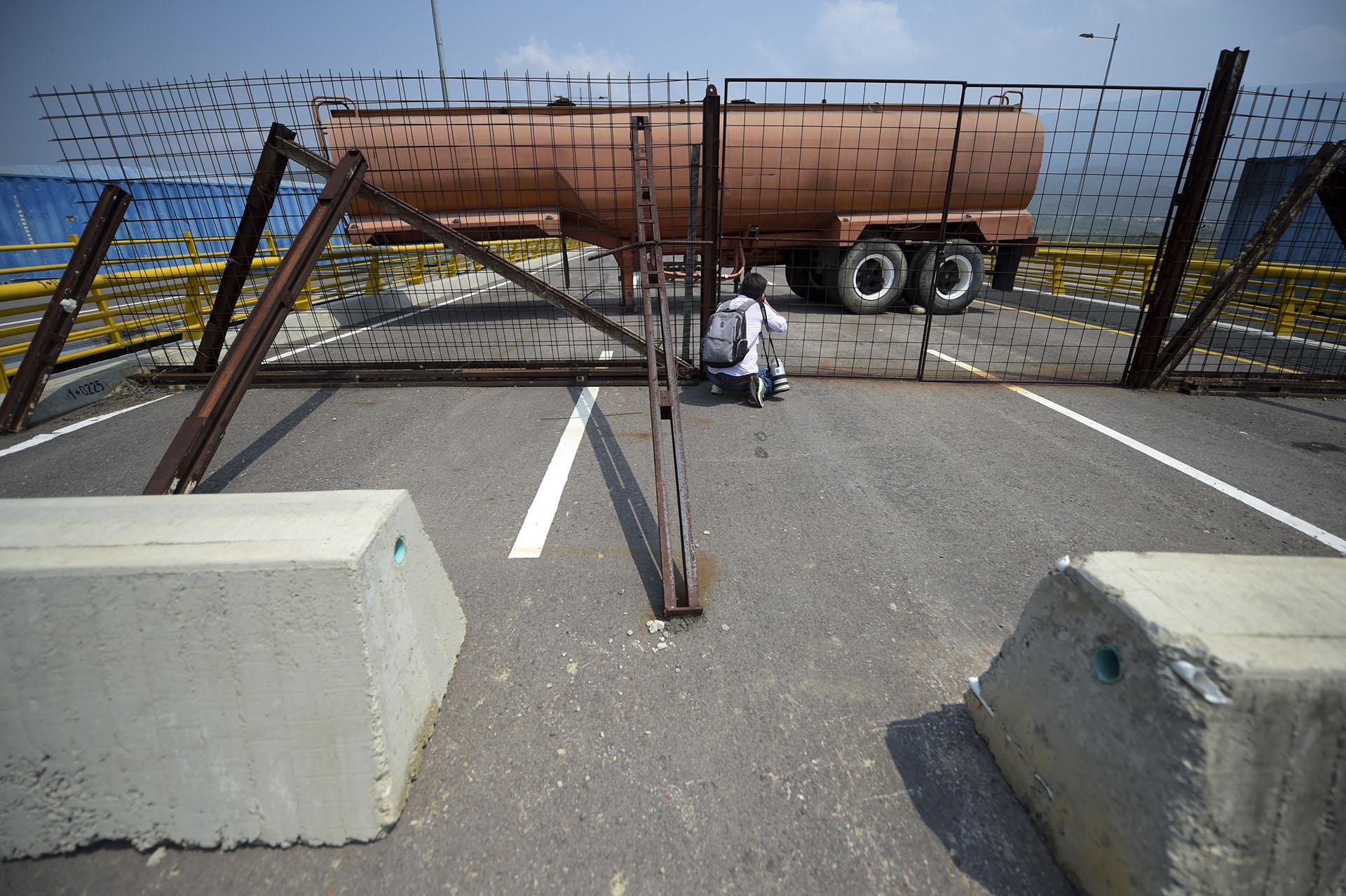 El puente de Tienditas une la colombiana ciudad de Cúcuta con la venezolana de Ureña, en el estado Táchira, y es una de las promesas de la integración entre los dos países
