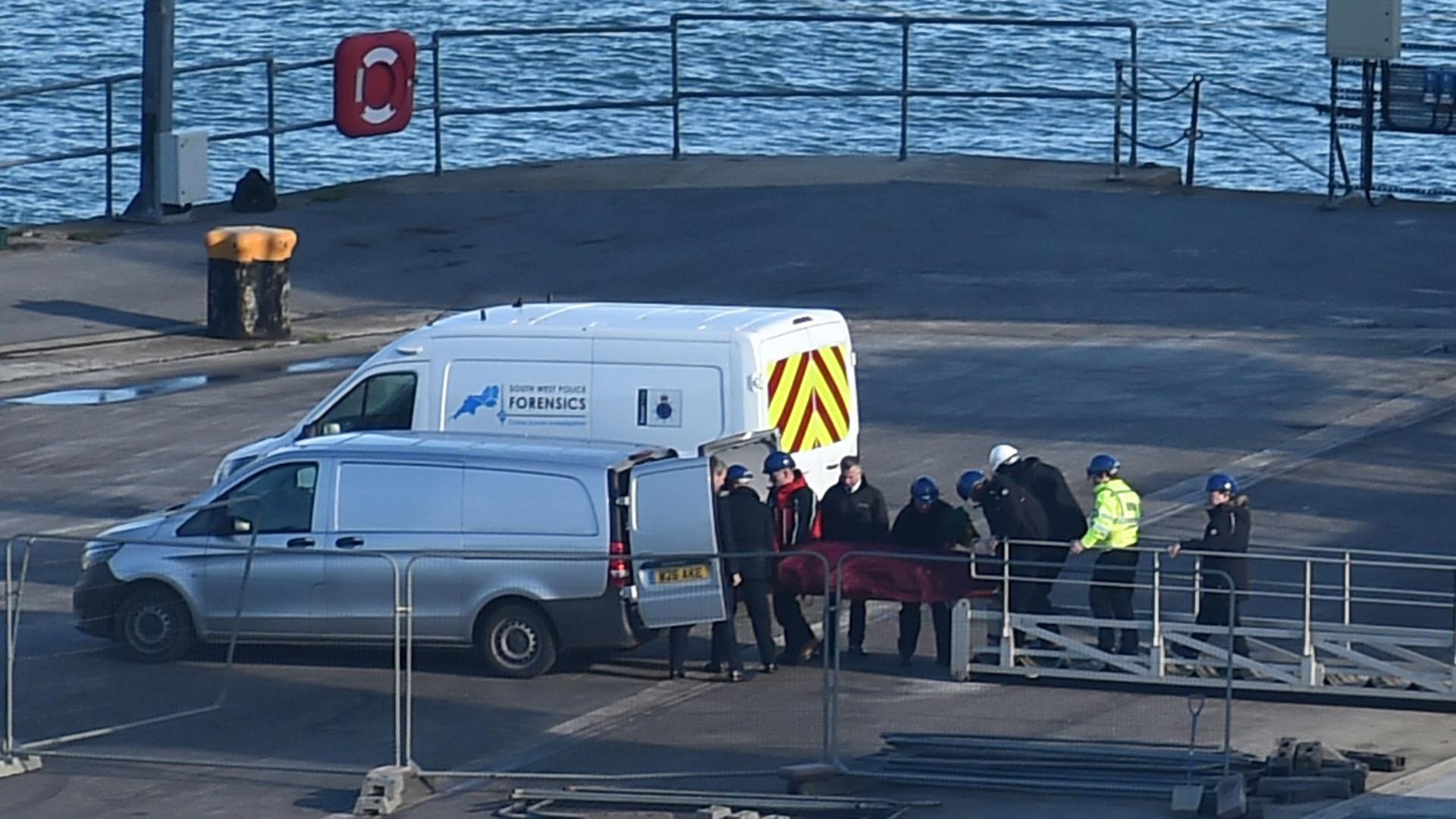 """""""Una teoría es que alguien irrumpió en la morgue y tomó esas fotos"""", informó la Policía de Dorset (Foto: AFP)"""