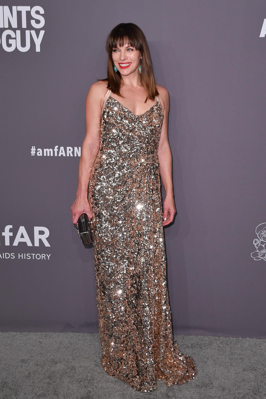 Milla Jovovich y el vestido más glamoroso