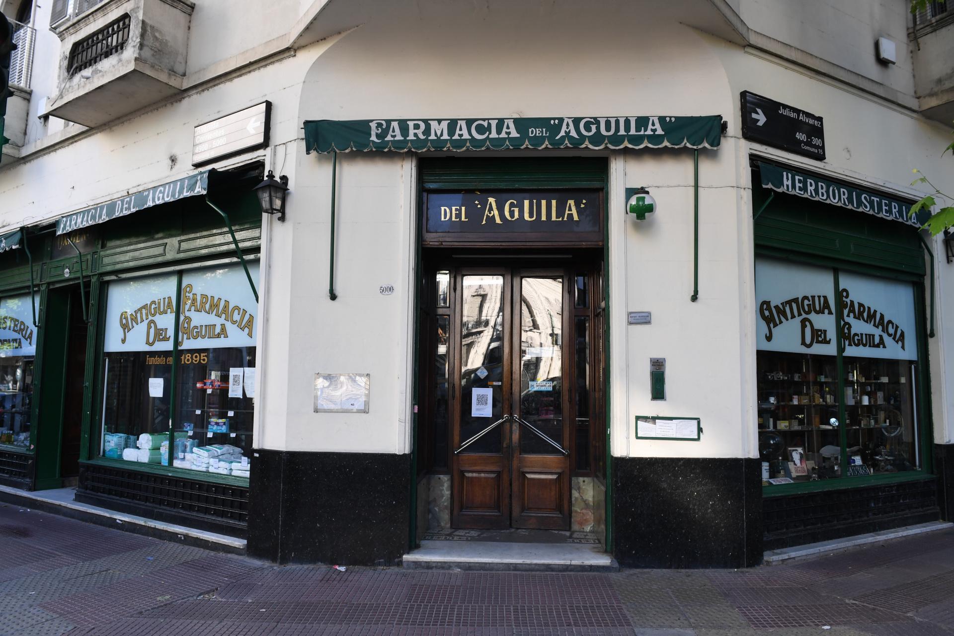 En el local actual -ubicado en la gran esquina de Corrientes y Julián Álvarez- están desde 1914