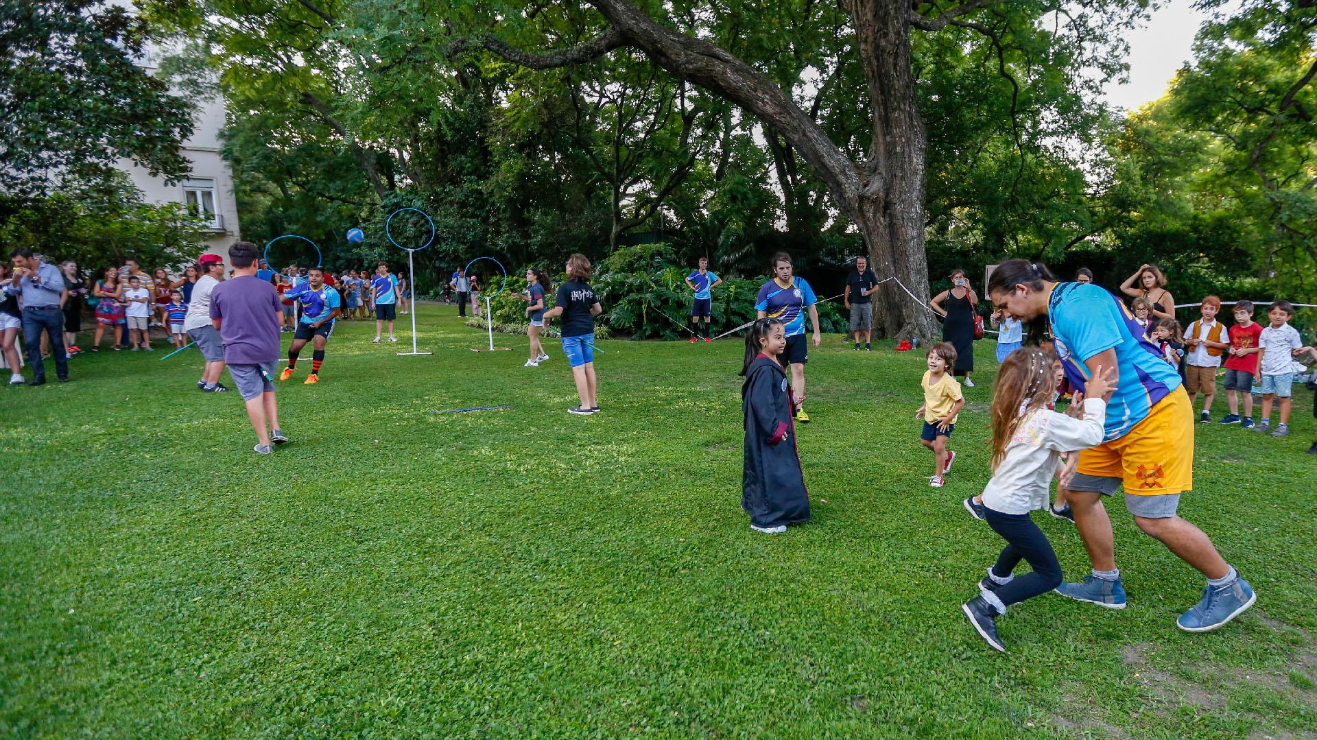 La actividad del quidditch estuvo a cargo de Cumulus Nimbus Quidditch, el equipo oficial en Argentina que practica el deporte y que todos los años asiste al evento para promover la actividad