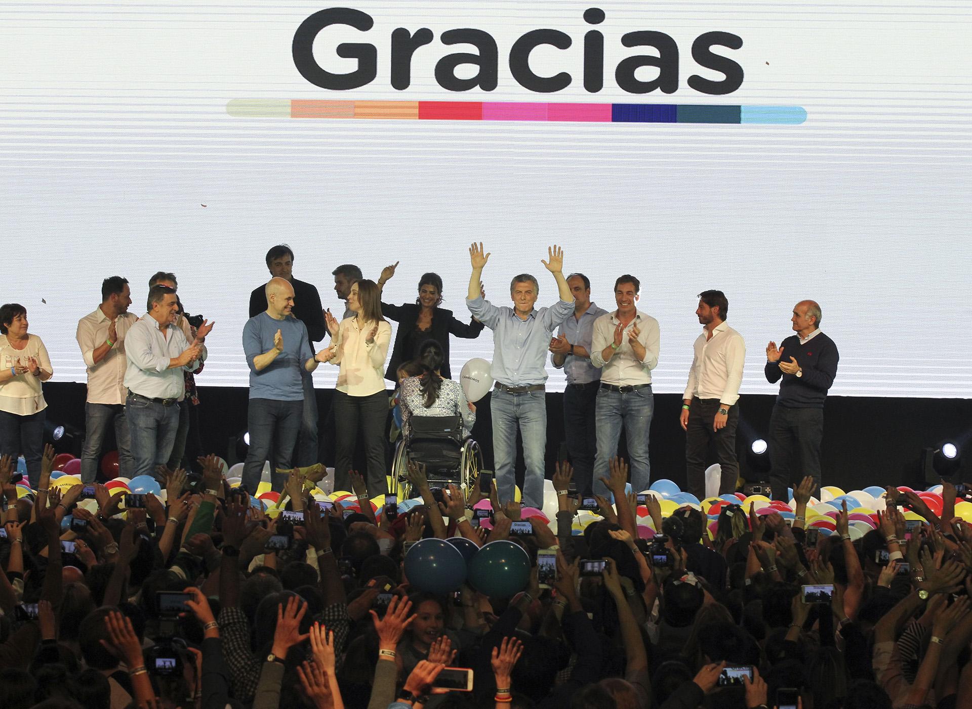 2017. Festejo en el búnker de Cambiemos tras ganar las victorias obtenidas en las elecciones legislativas de 2017.