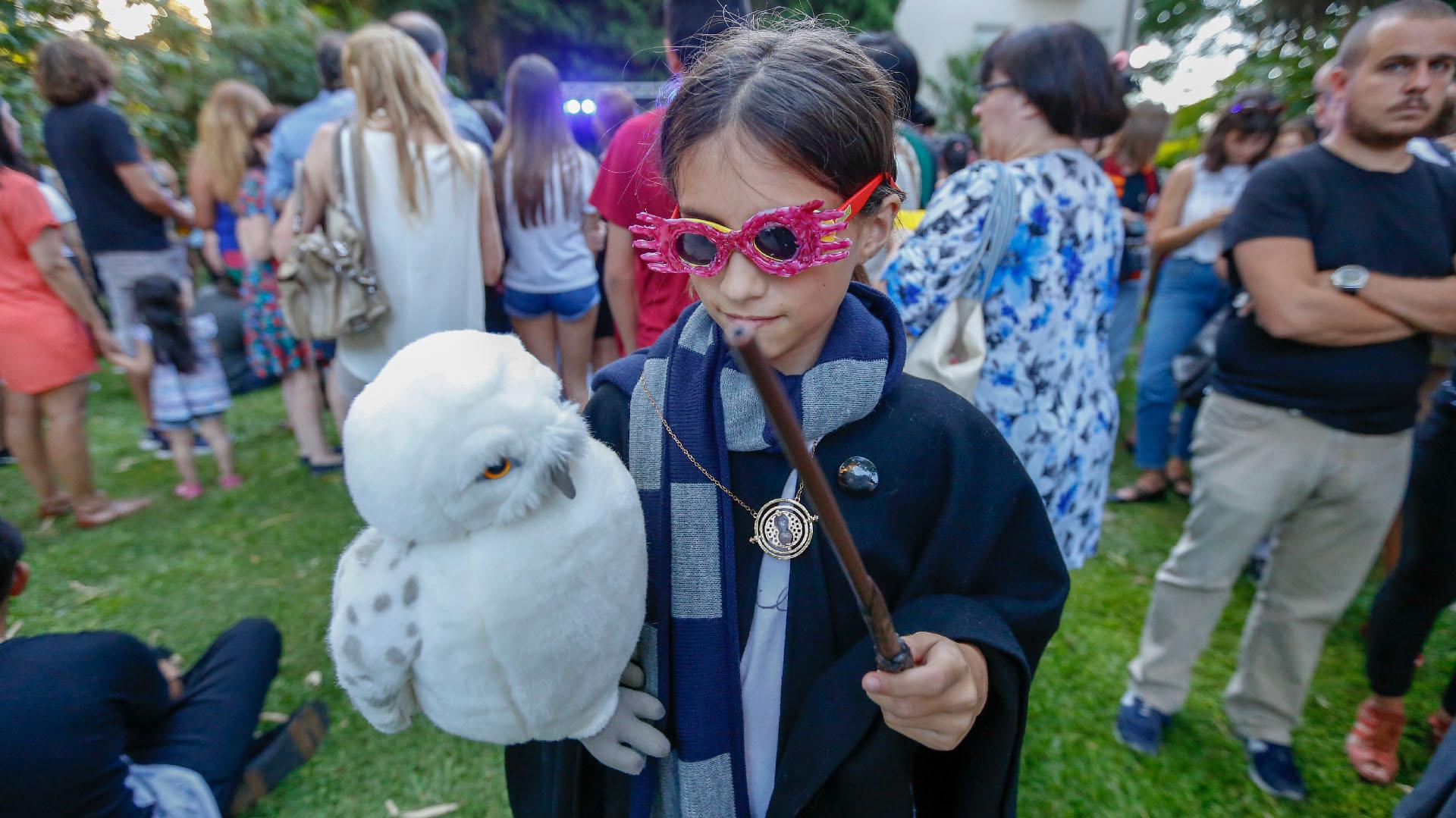 Por cuarto año consecutivo, Harry Potter Book Night convocó a más de 1500 lectores y fanáticos en una tarde llena de nuevas propuestas y actividades para todas las edades