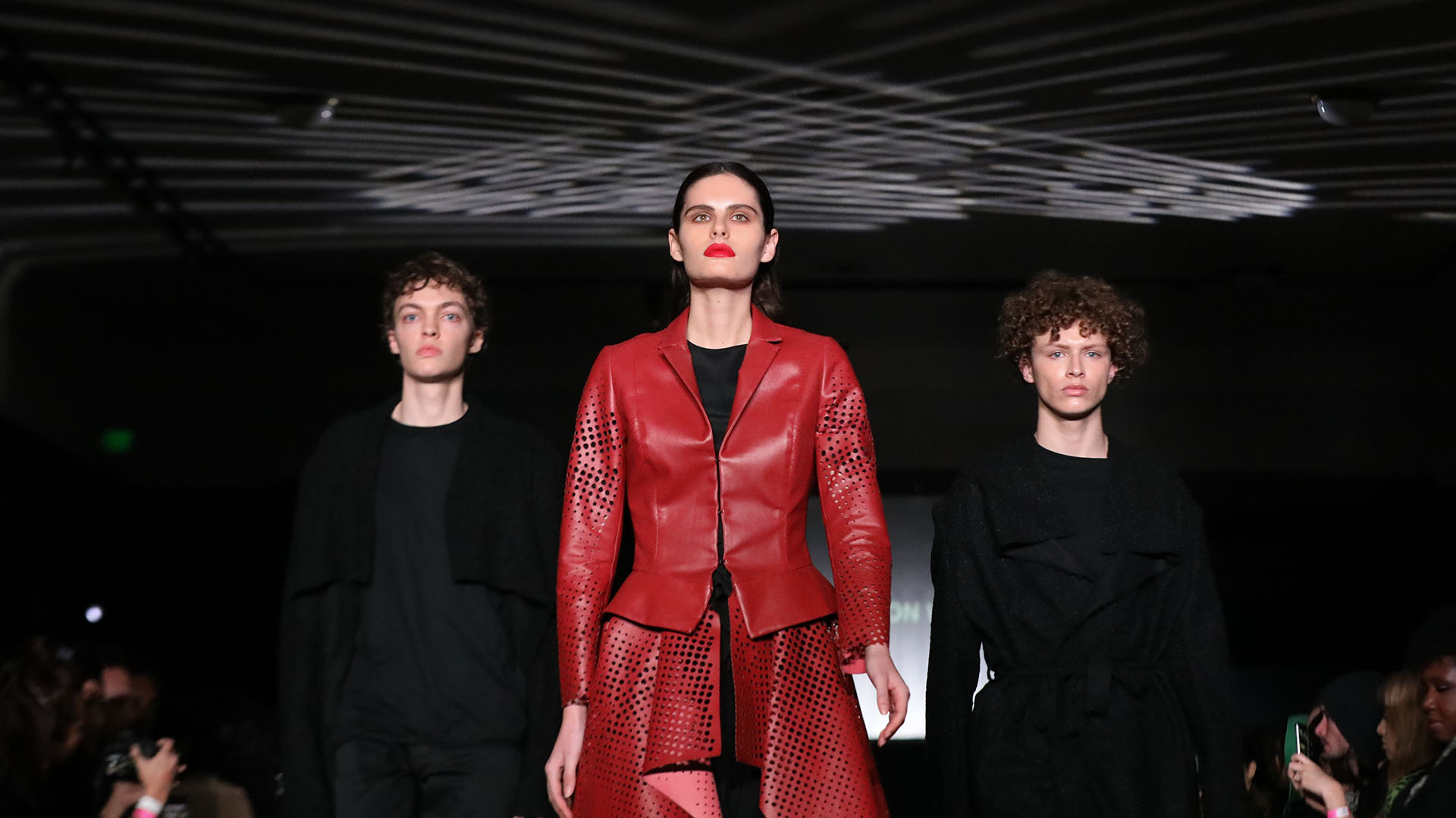 """Bajo el lema """"el futuro es el compromiso"""" tuvo su debut la primera semana de la moda vegana. Más de 30 marcas desfilaron por la pasarela de Los Ángeles"""