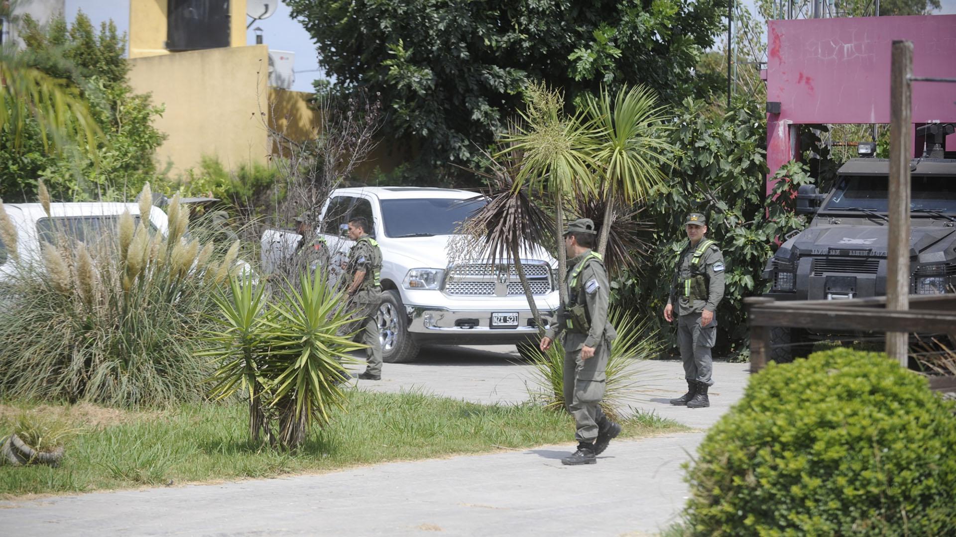 La casa está ubicada en la intersección de las calles 13 y 665 de la localidad de Ensenada (Dino Calvo)