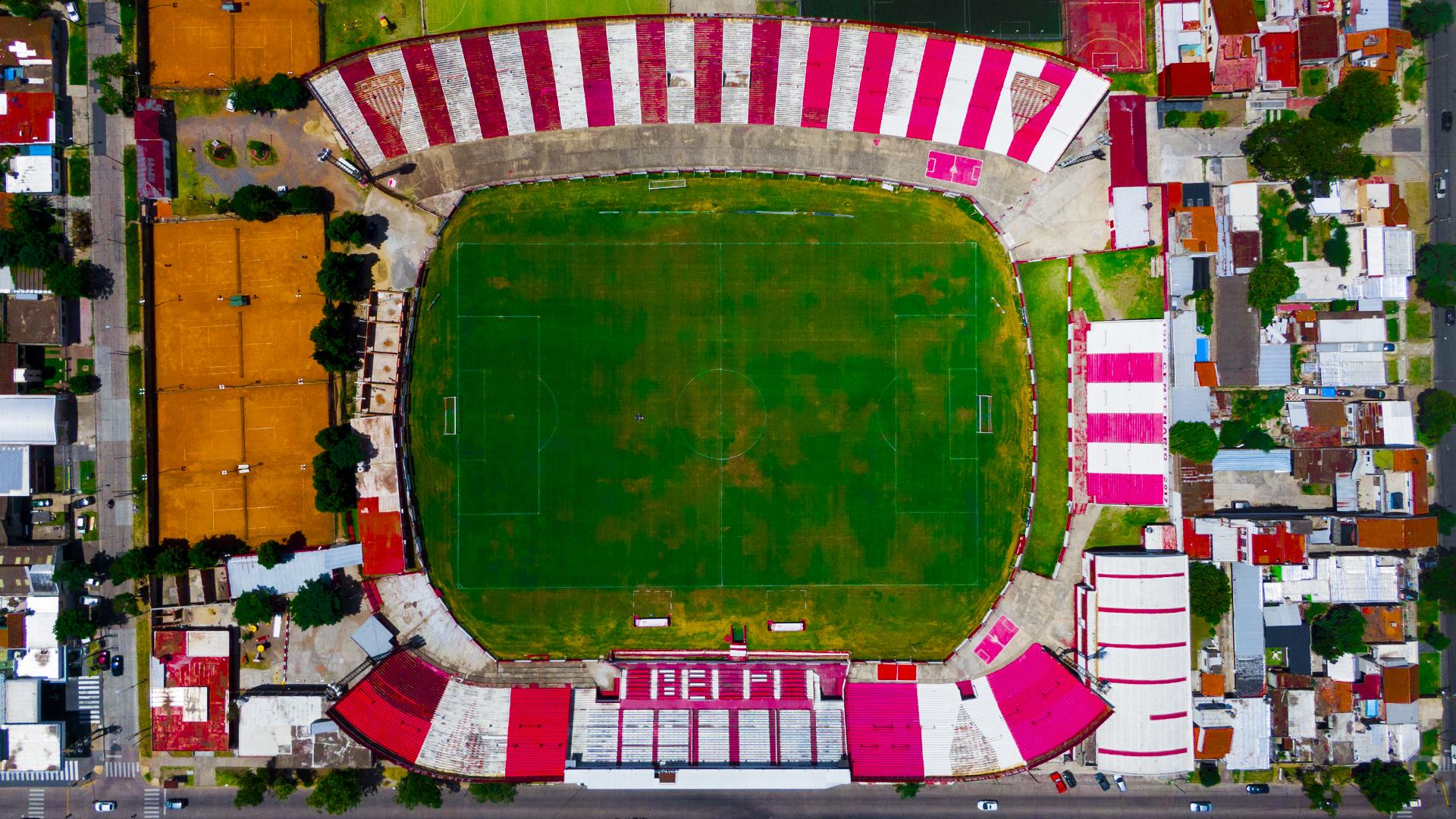 """""""Estadio Eduardo Gallardón"""" de Los Andes, actualmente en la B Nacional"""