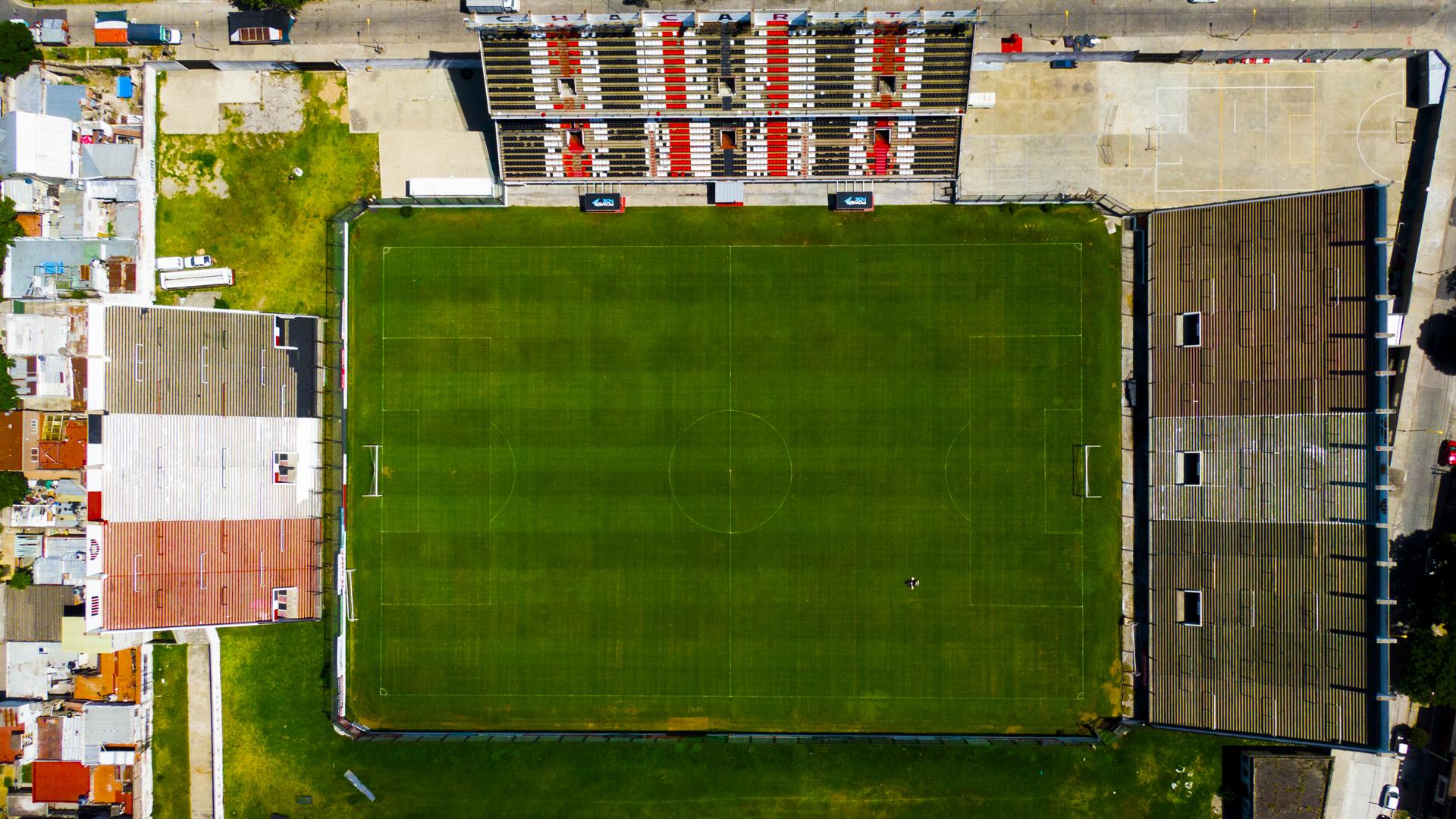 """""""Estadio Chacarita Juniors"""" que fue inaugurado en 2011 y alberga al equipo de la B Nacional"""