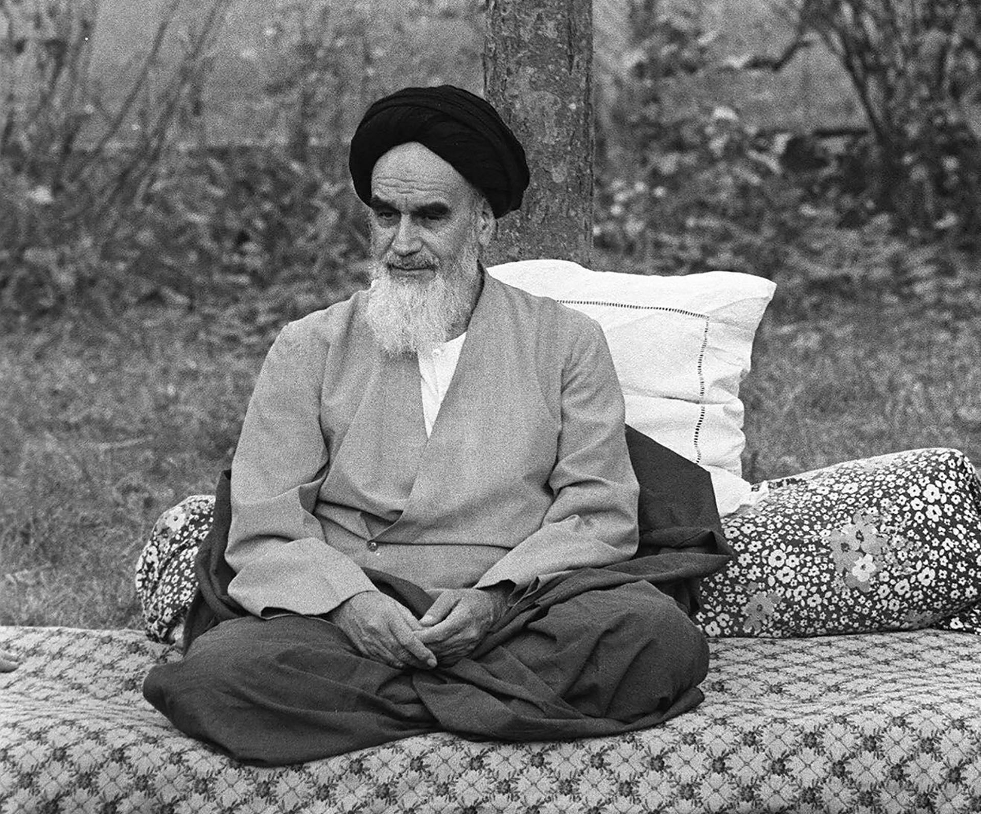 El ayatolá Ruhollah Khomeini ( JOEL ROBINE / AFP)