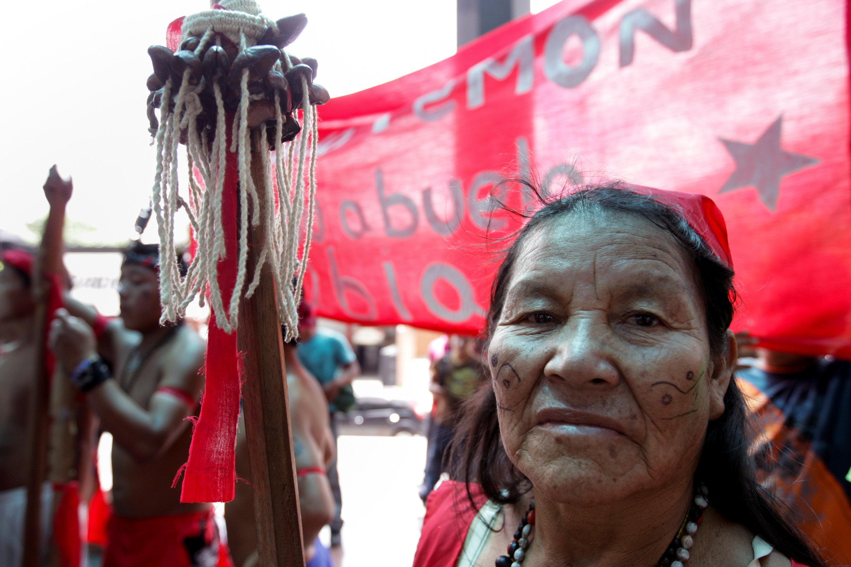 Una mujer del pueblo pemón.(REUTERS/Christian Veron/File Photo)