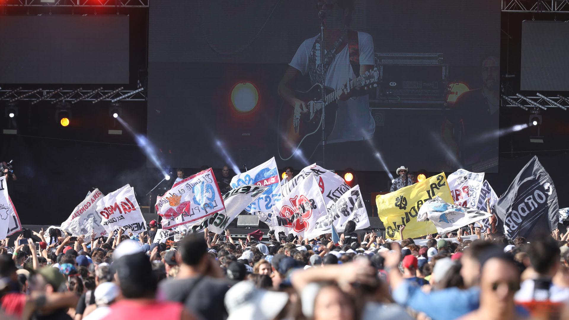 Más de 65 mil personas colmaron el predio del Aeródromo de Santa María de Punilla, la sede del Cosquín Rock (Mario Sar)