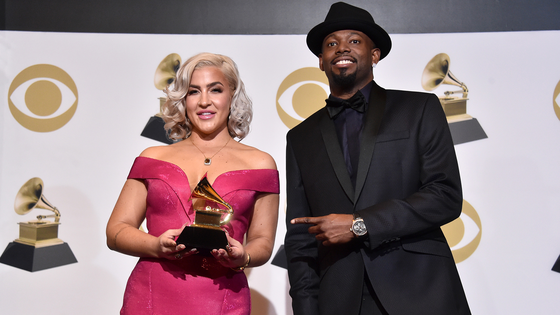 Joelle James y Larrance Dopson (Alberto E. Rodriguez/Getty Images para The Recording Academy/AFP)