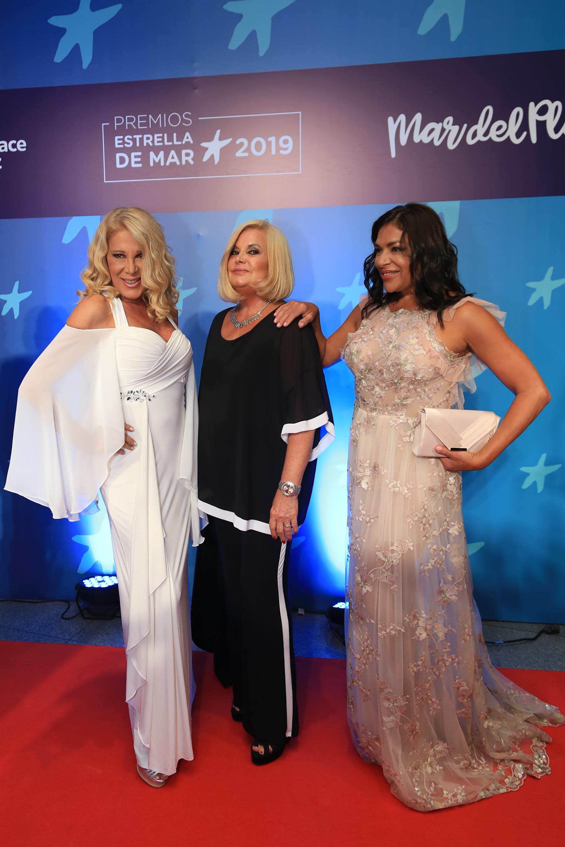 Reina Reech, Marta González y Claribel Medina