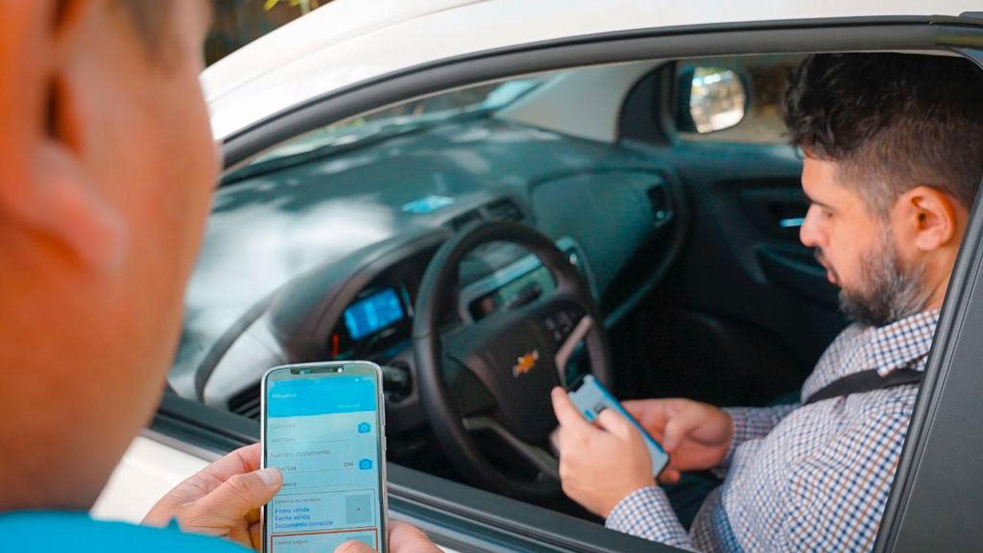 La licencia de conducir digital se podrá presentar en los controles de tránsito