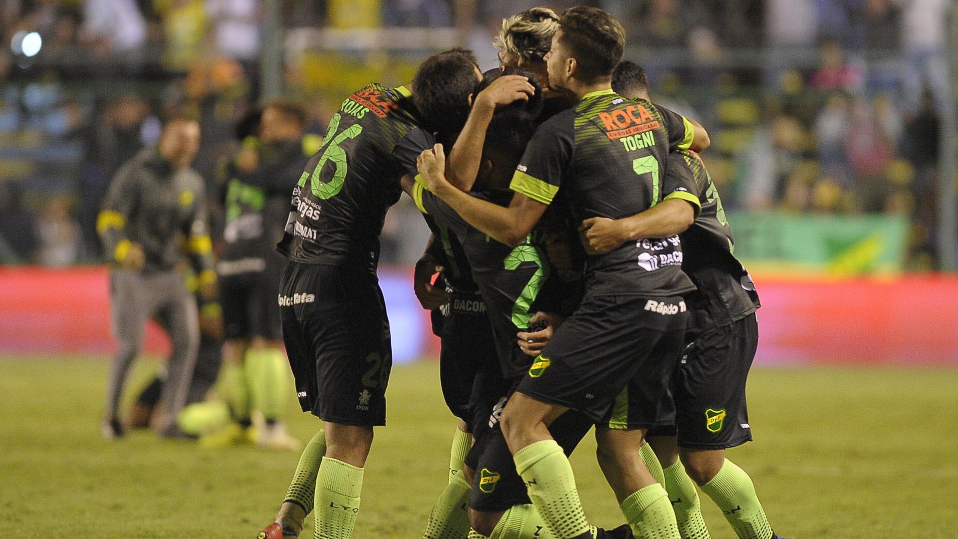 Defensa enfrentará mañana a Boca (Foto Baires)