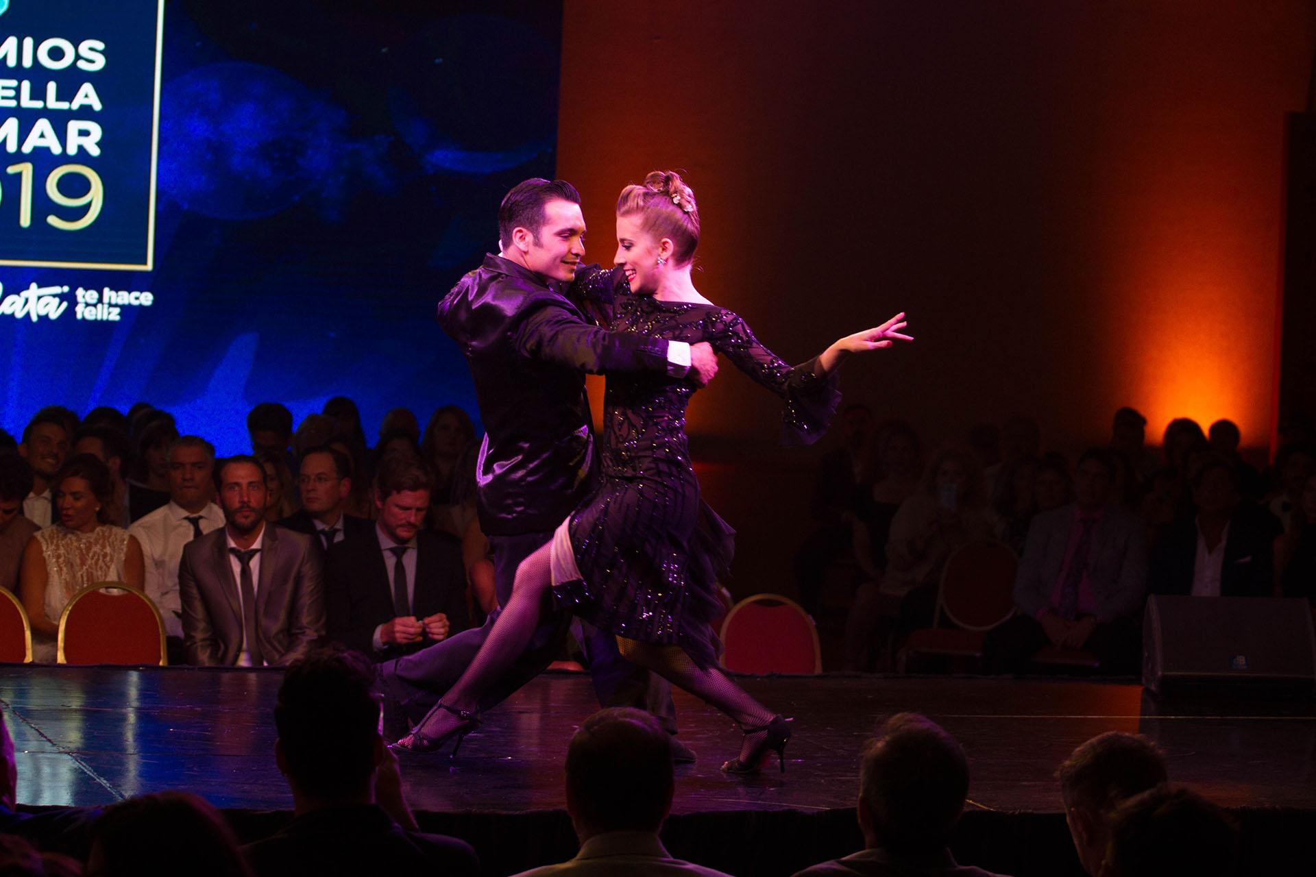Un show de tango en medio de la ceremonia realizada en el Sheraton (Cintia Haag)