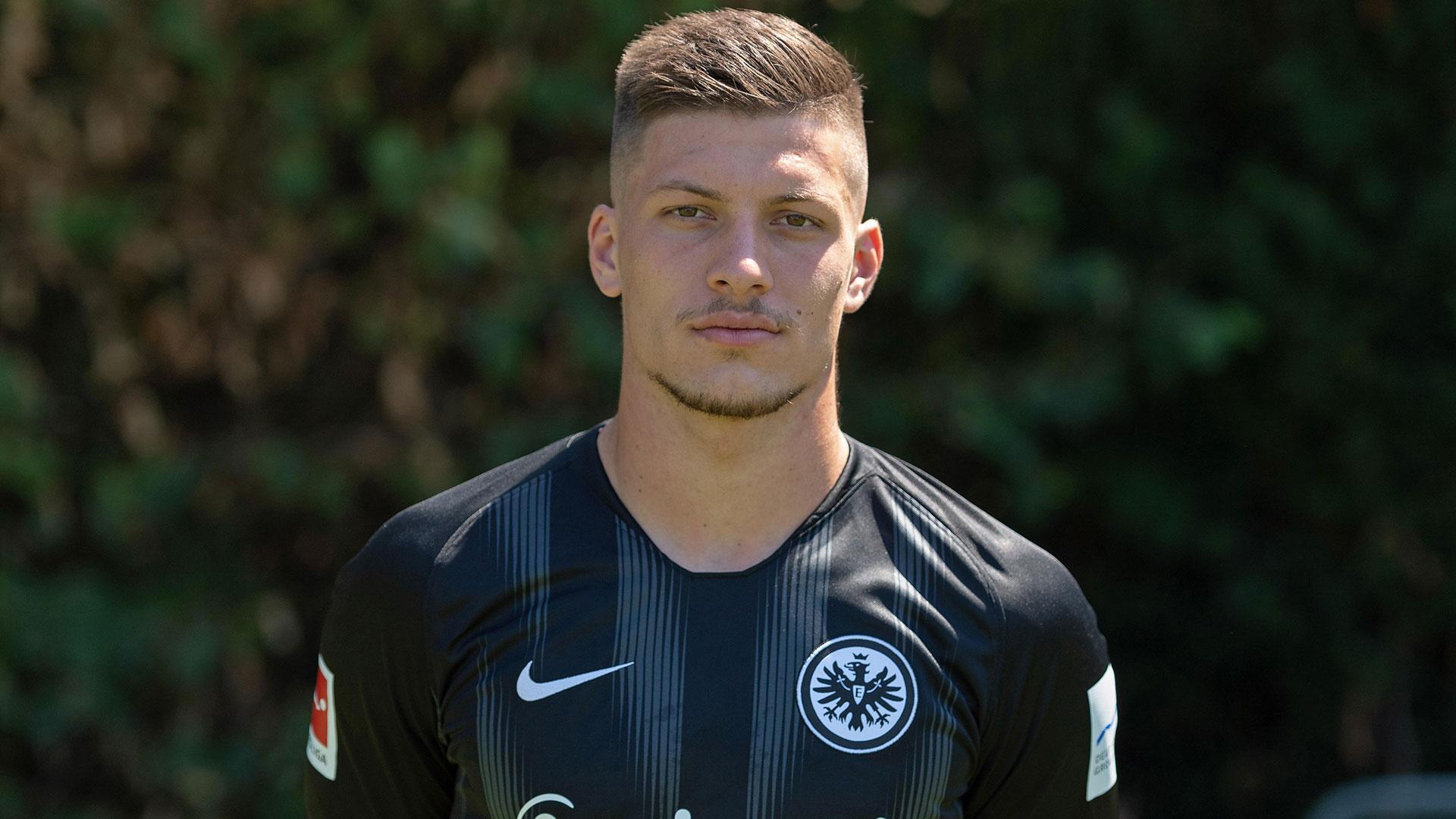 Luka Jovic, joven estrella del Eintracht Frankfurt, es el objetivo del Barcelona y Real Madrid (Grosby)