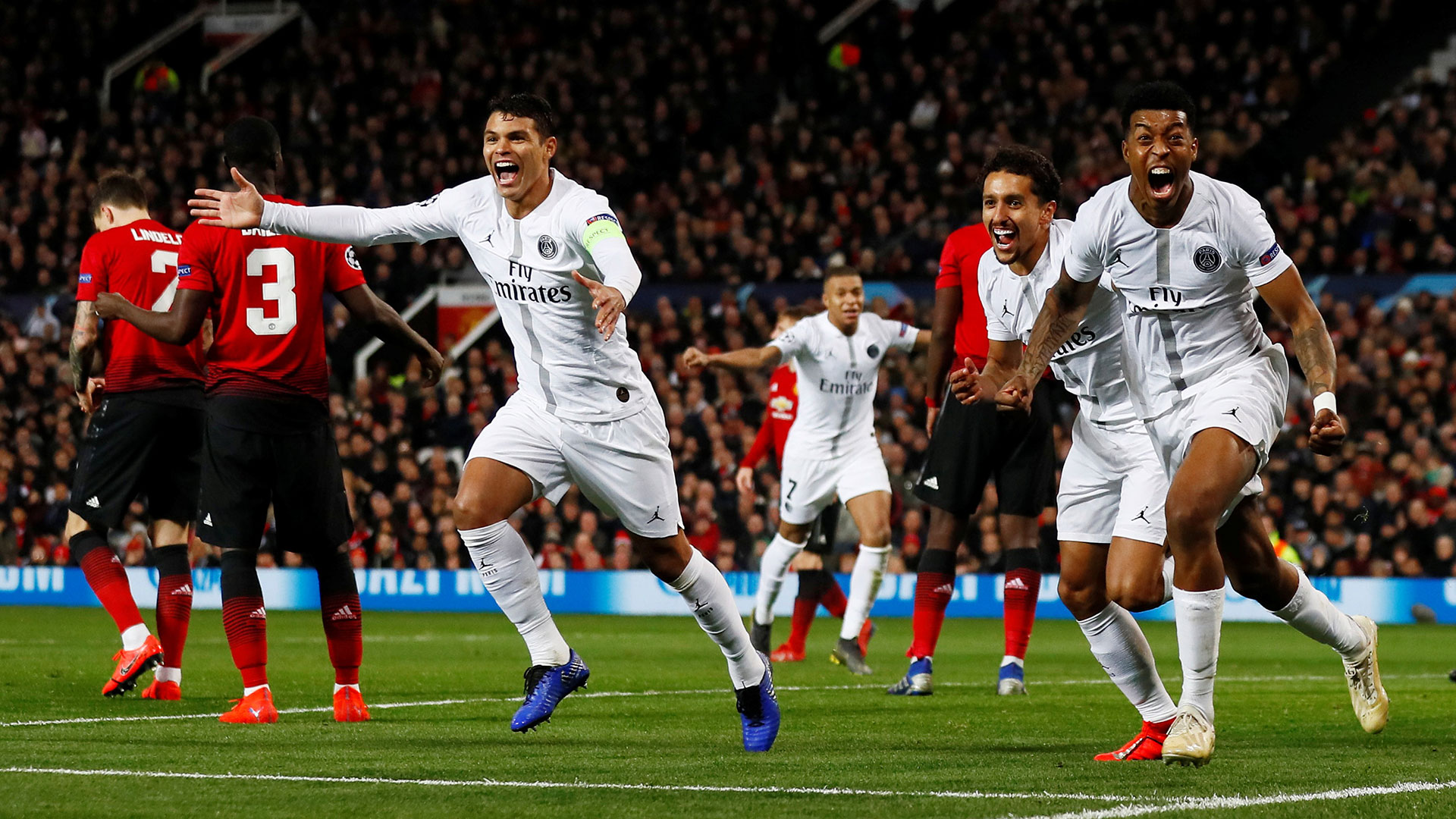 El Paris Saint Germain ganó 2-0 en Old Trafford en el partido de ida (Reuters)