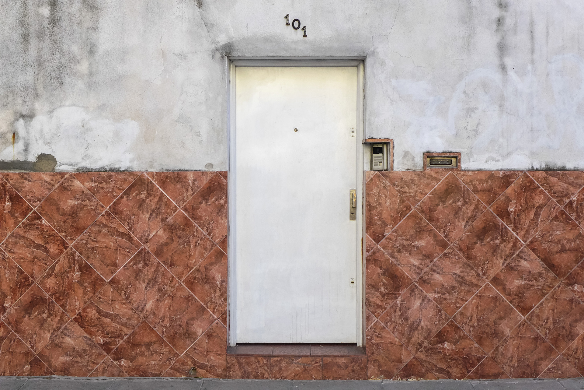 Puerta (Zuviría 101, Parque Chacabuco, BA, 2017)