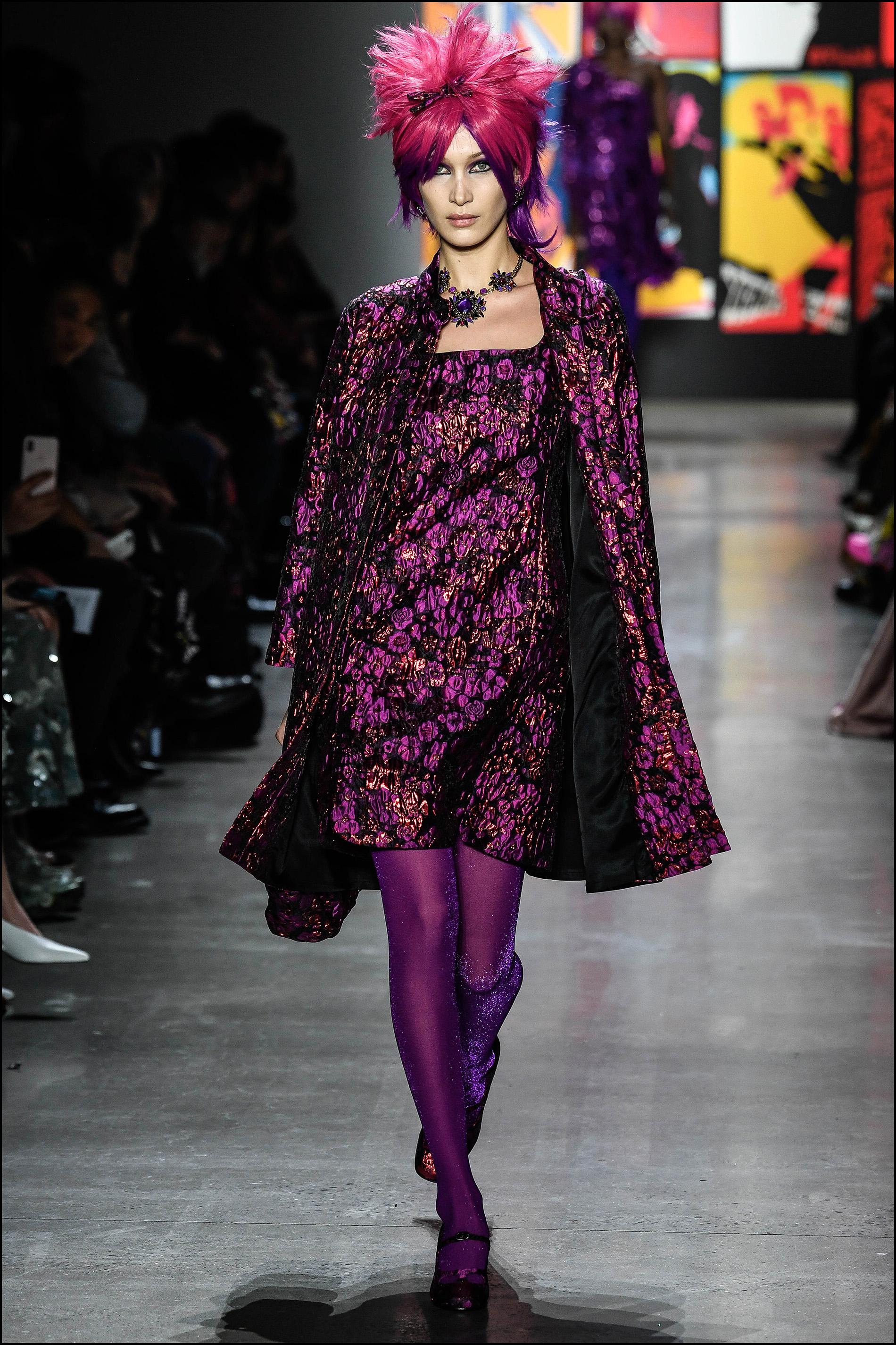 Bella Hadid con look oriental.