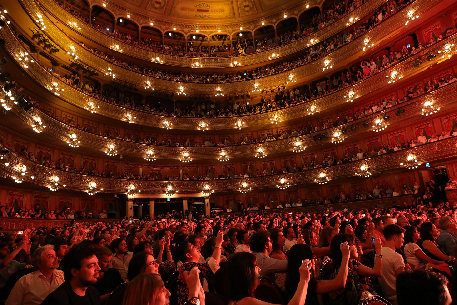 El público revivió el reencuentro histórico de Serú Girán (Fotos: Christian Bochichio/Teleshow)
