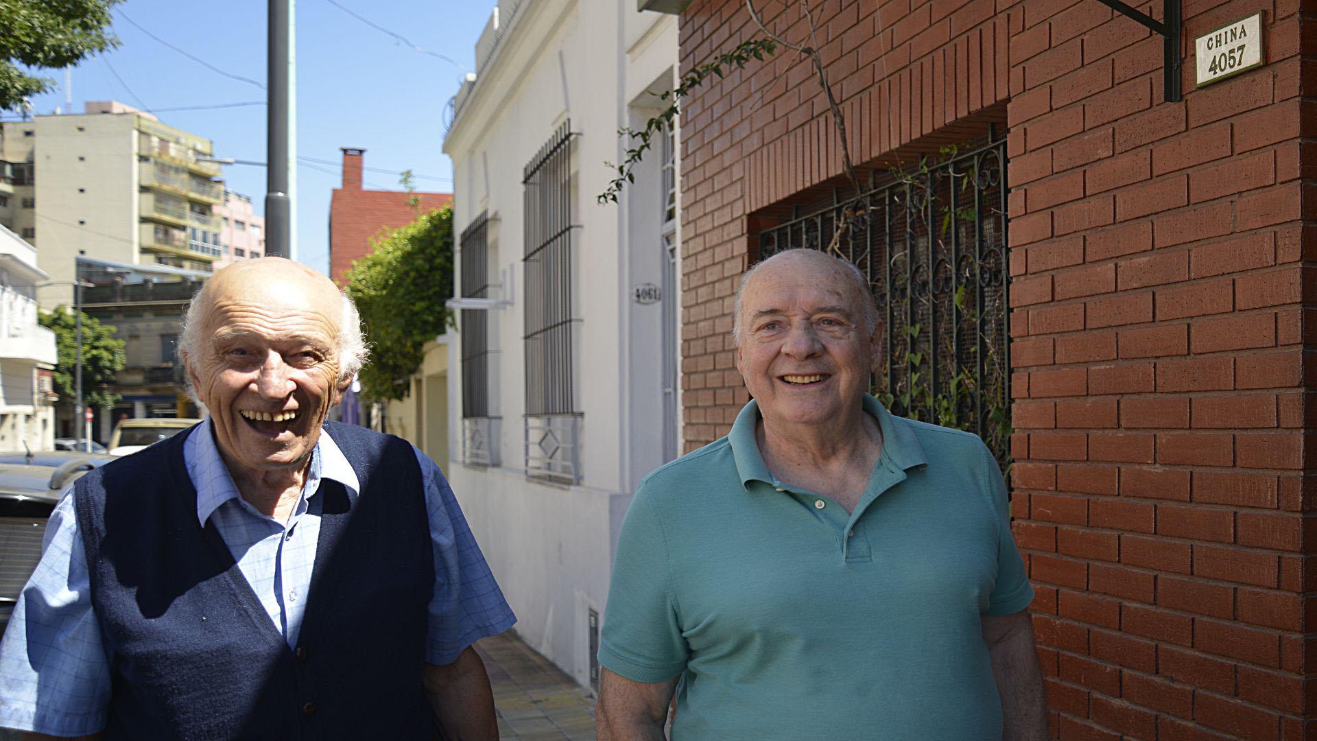 Arnaldo Mamianetti y Carlos Bruzera son amigos desde que tienen 10 años. Crecieron en el pasaje China (Gustavo Gavotti)