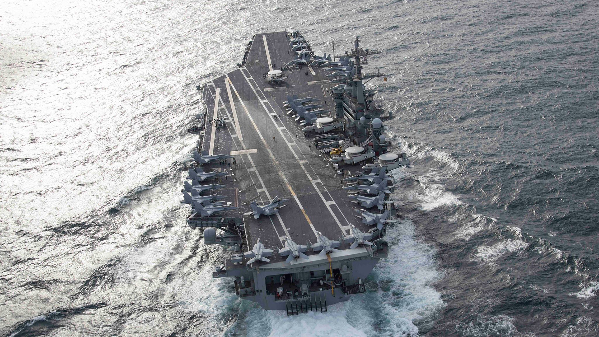 El portaaviones nuclear estadounidense USS Abraham Lincoln, recientemente desplegado en el Océano Atlántico frente a Florida (Facebook: @USSAbrahamLincoln)