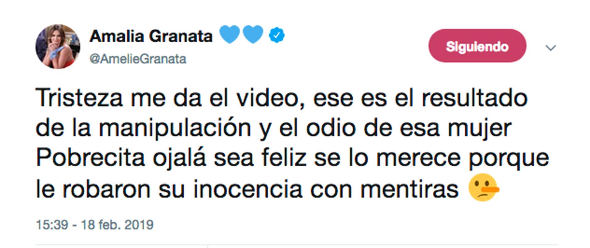 Uno de los tuits de Amalia Granata mientras Anna Chiara salía al aire en Intrusos.