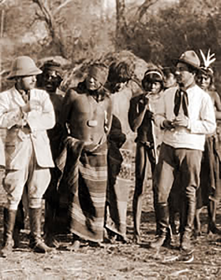 En 1919, 1919 la frontera formoseña entre la Argentina y Paraguay estaba marcada por el cauce cambiante y caprichoso del río Pilcomayo y algunos mojones de quebracho