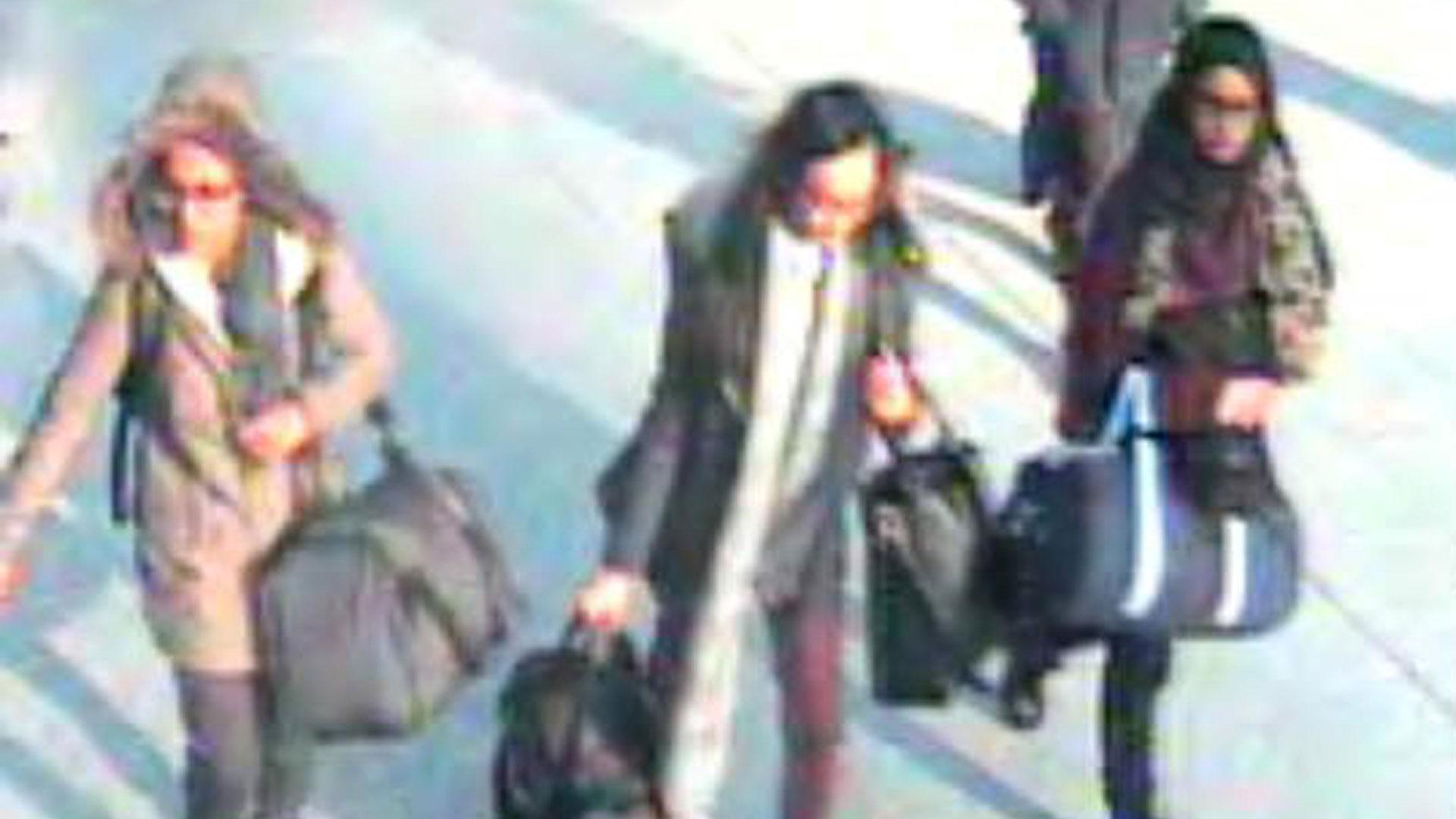 Begum huyendo del Reino Unido (Reuters)
