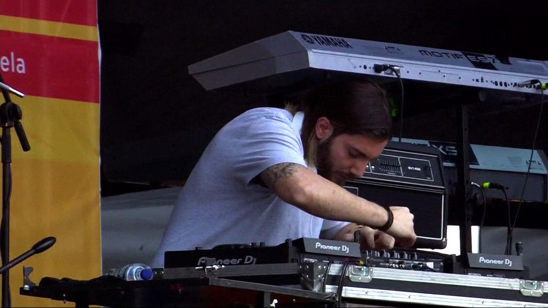 """El DJ y productor sueco Alessandro Lindblad, más conocido como """"Alesso"""""""