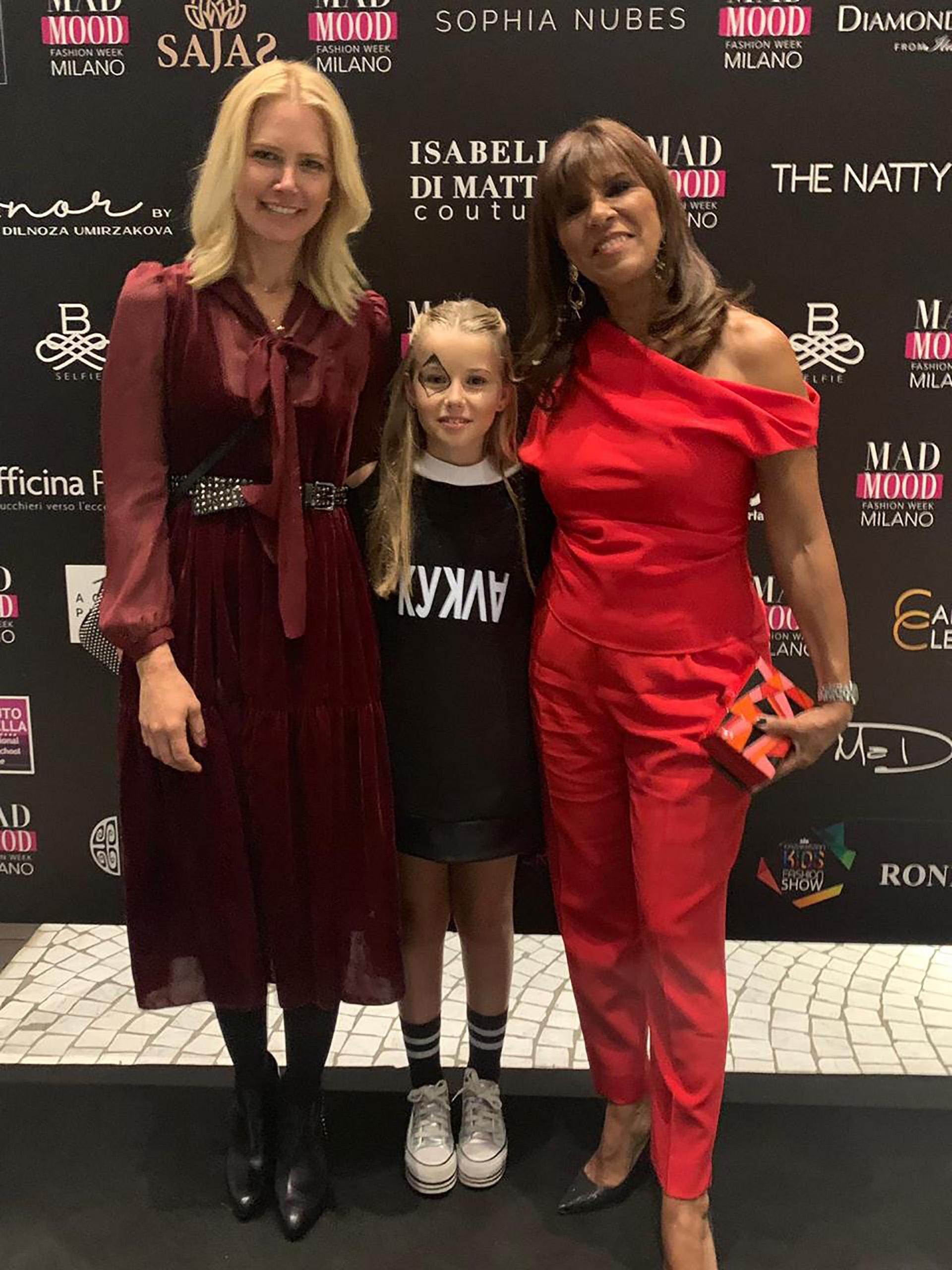 Taina Gravier forma parte de la escuela de moda de Anamá Ferreira que estuvo en primera fila junto a Valeria y el empresario Alejandro Gravier