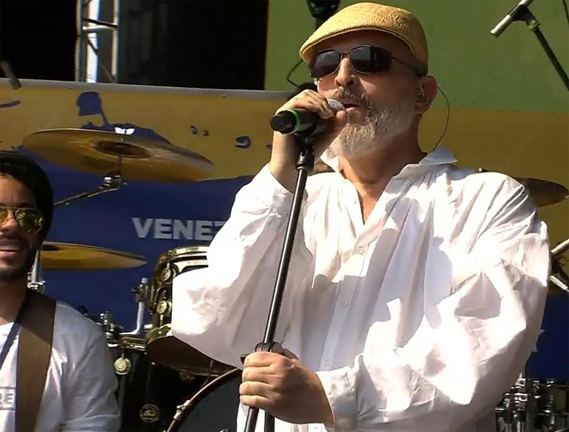Miguel Bosé, músico, cantante y actor de origen español