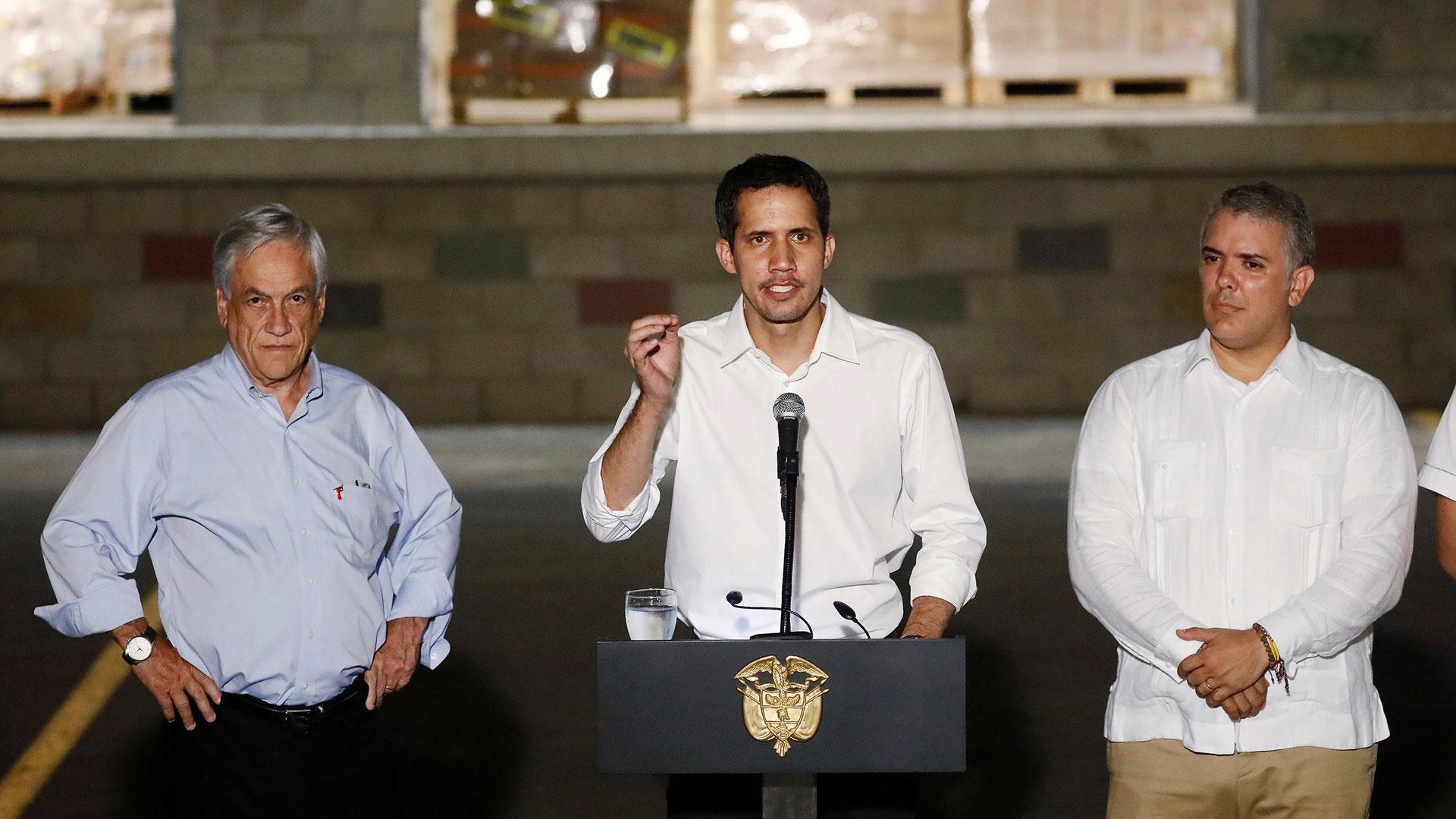 Juan Guaidó junto a Sebastián Piñera e Iván Duque (Reuters)