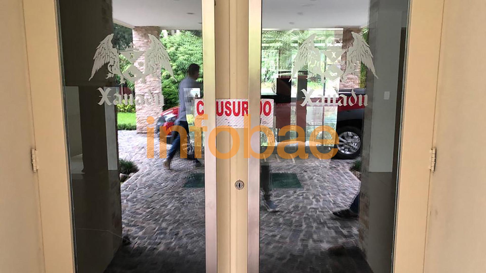 La entrada al salón Xanadú.