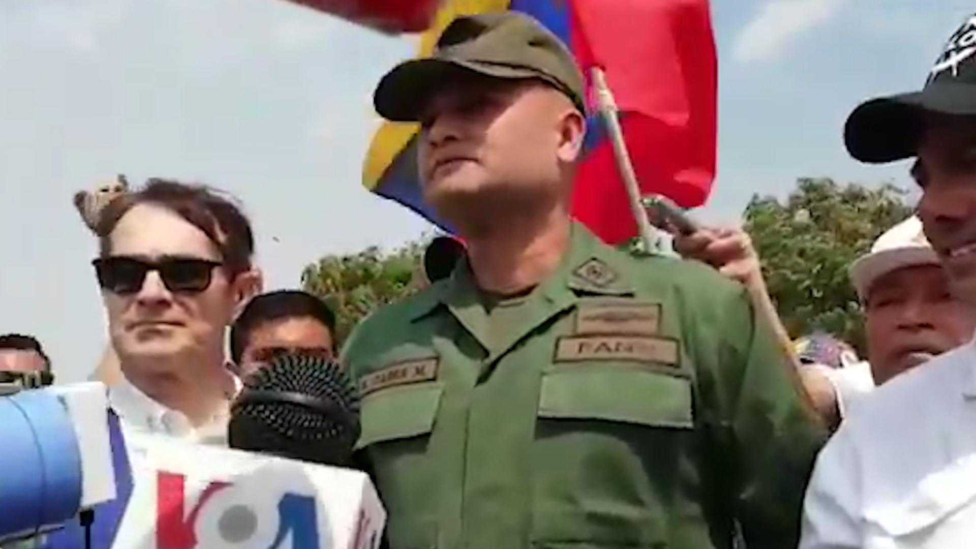 El mayor del Ejército Hugo Enrique Parra Martinez reconoció a Guaidó como presidente