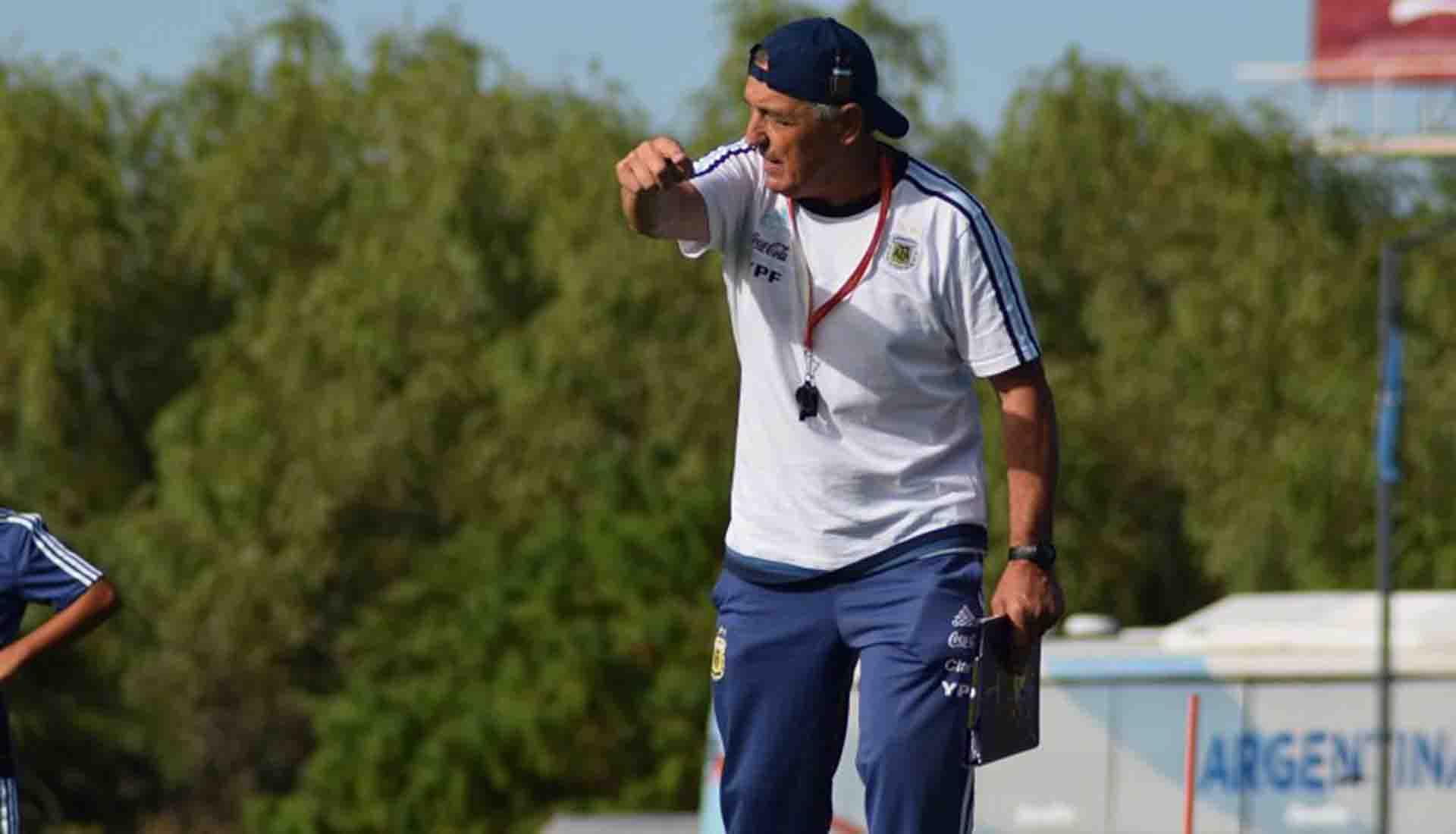 Carlos Borrello, entrenador de la Selección