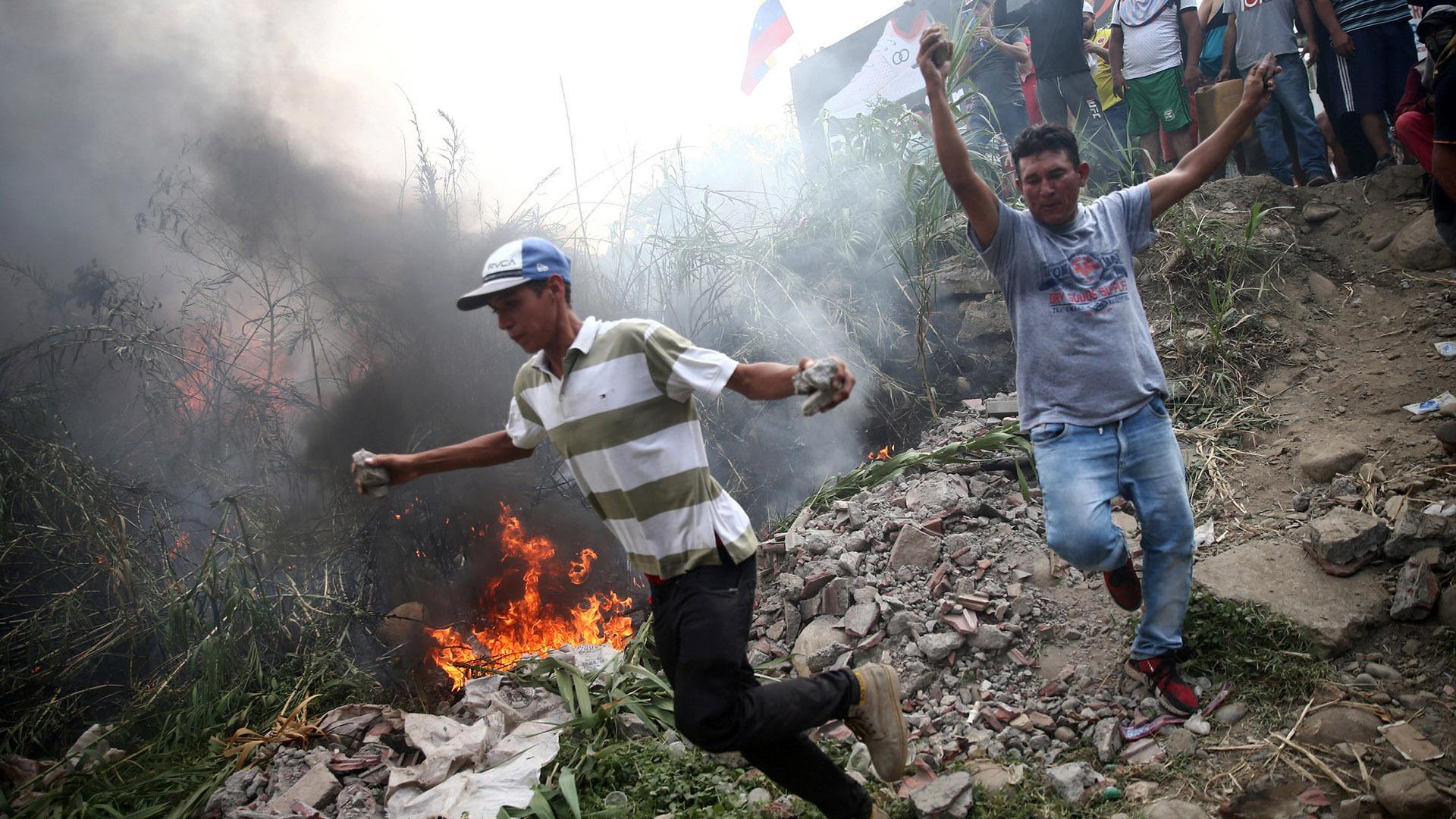 Al menos 5 personas murieron en la represión de Venezuela (REUTERS/Edgard Garrido)
